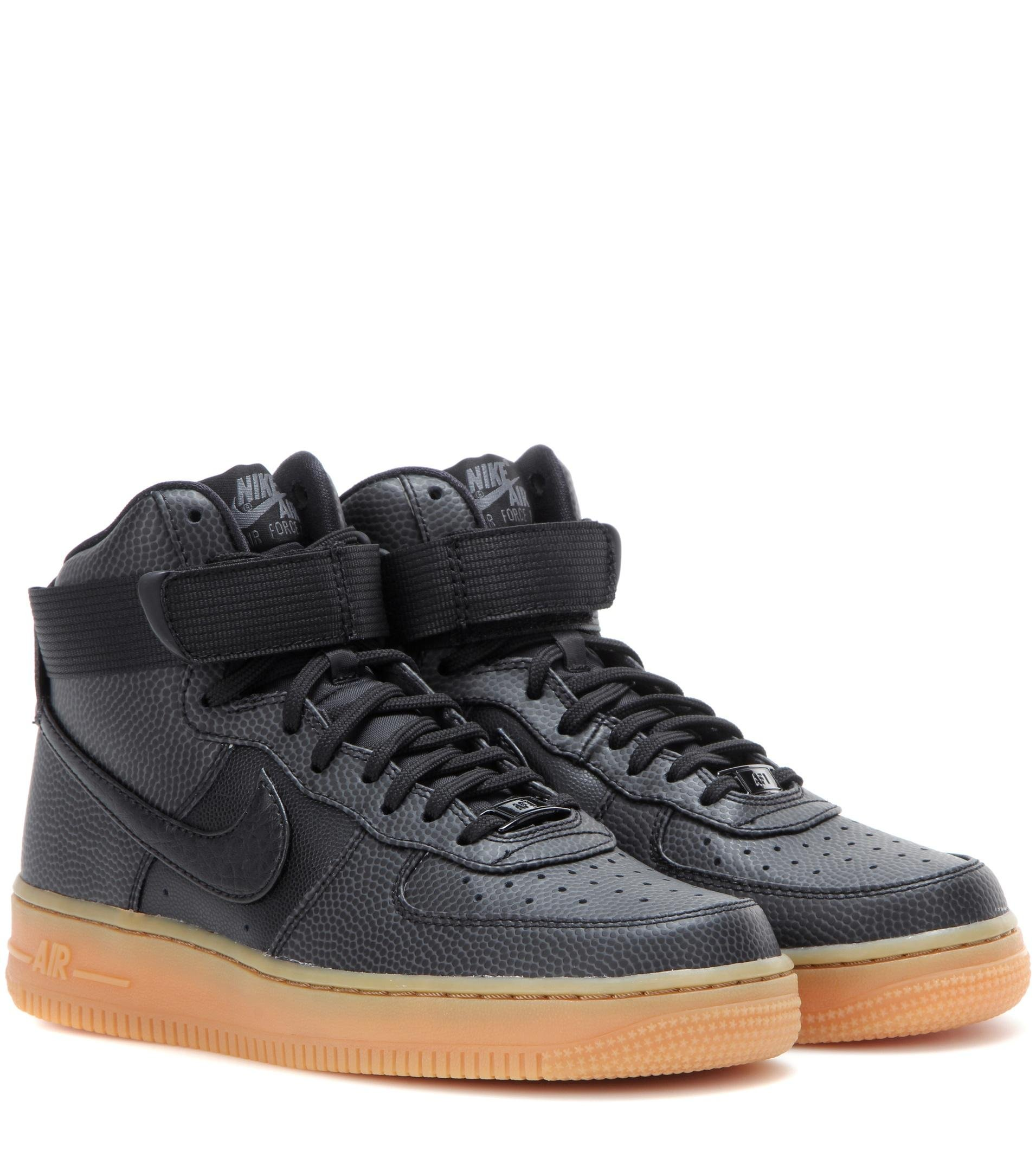 online retailer 4cfc1 d4fec Gallery. Previously sold at Mytheresa · Womens Nike Air Force ...