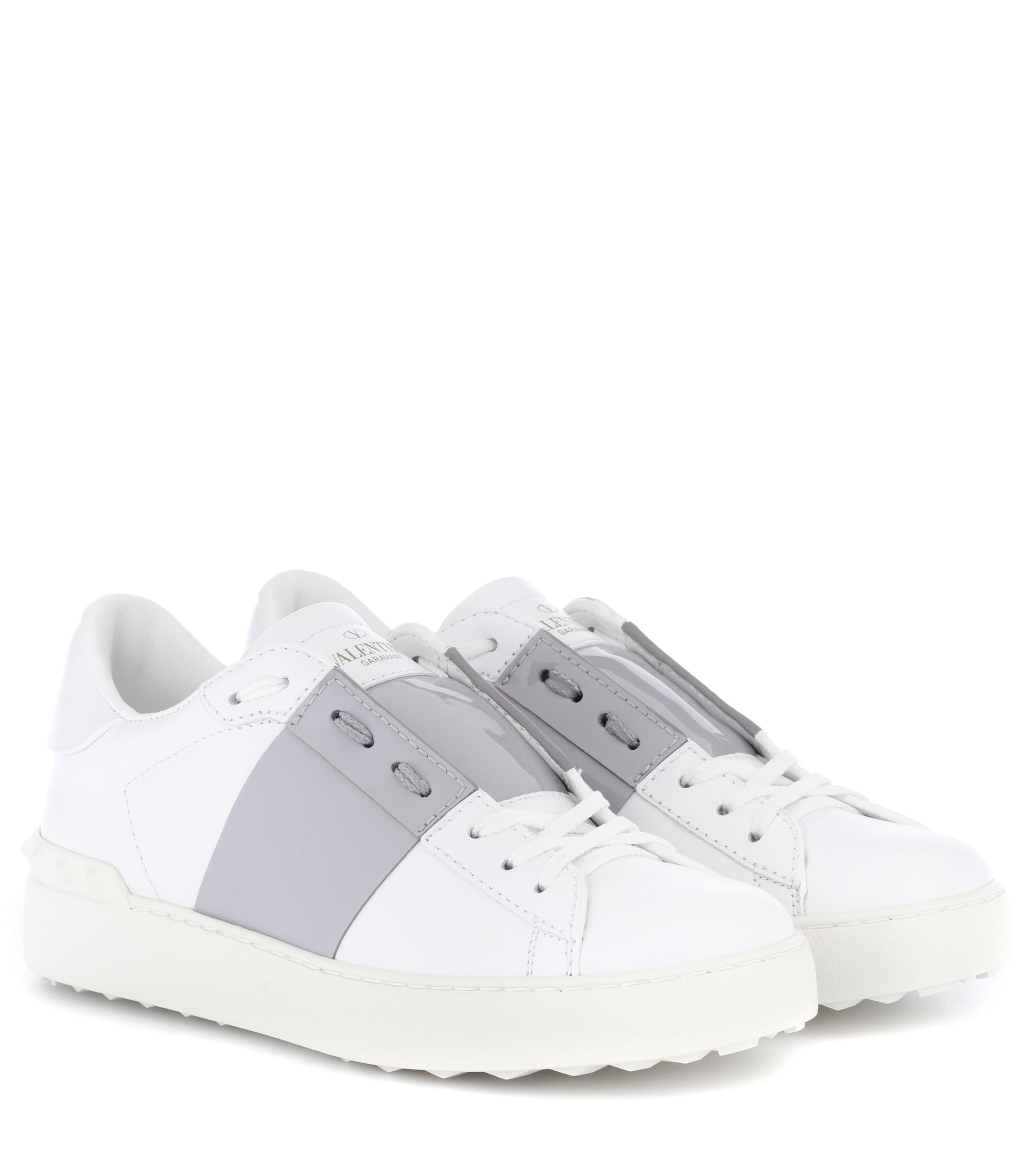 Charlotte Olympia White & Pink Valentino Garavani Rockstud Open Sneakers clearance reliable outlet discount outlet real visit cheap online pictures Tl2S7fa8