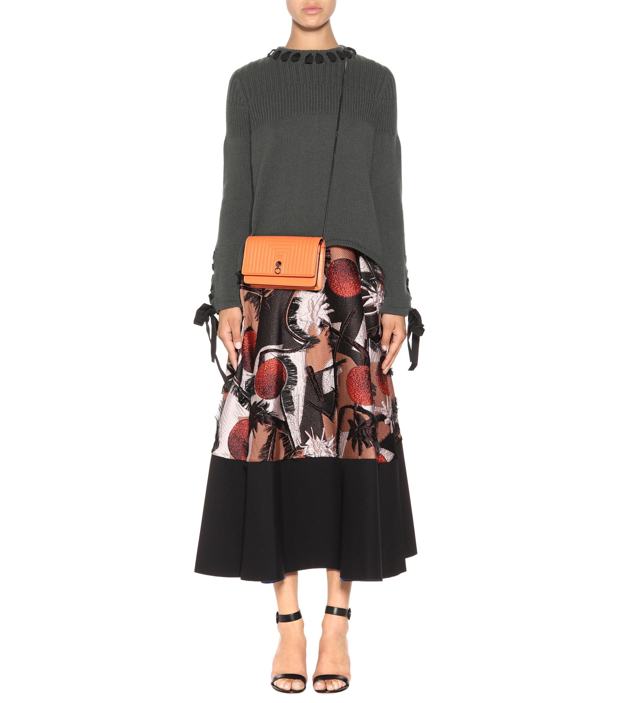 7ac185fd7614 Lyst - Fendi Small Flap Leather Shoulder Bag in Orange