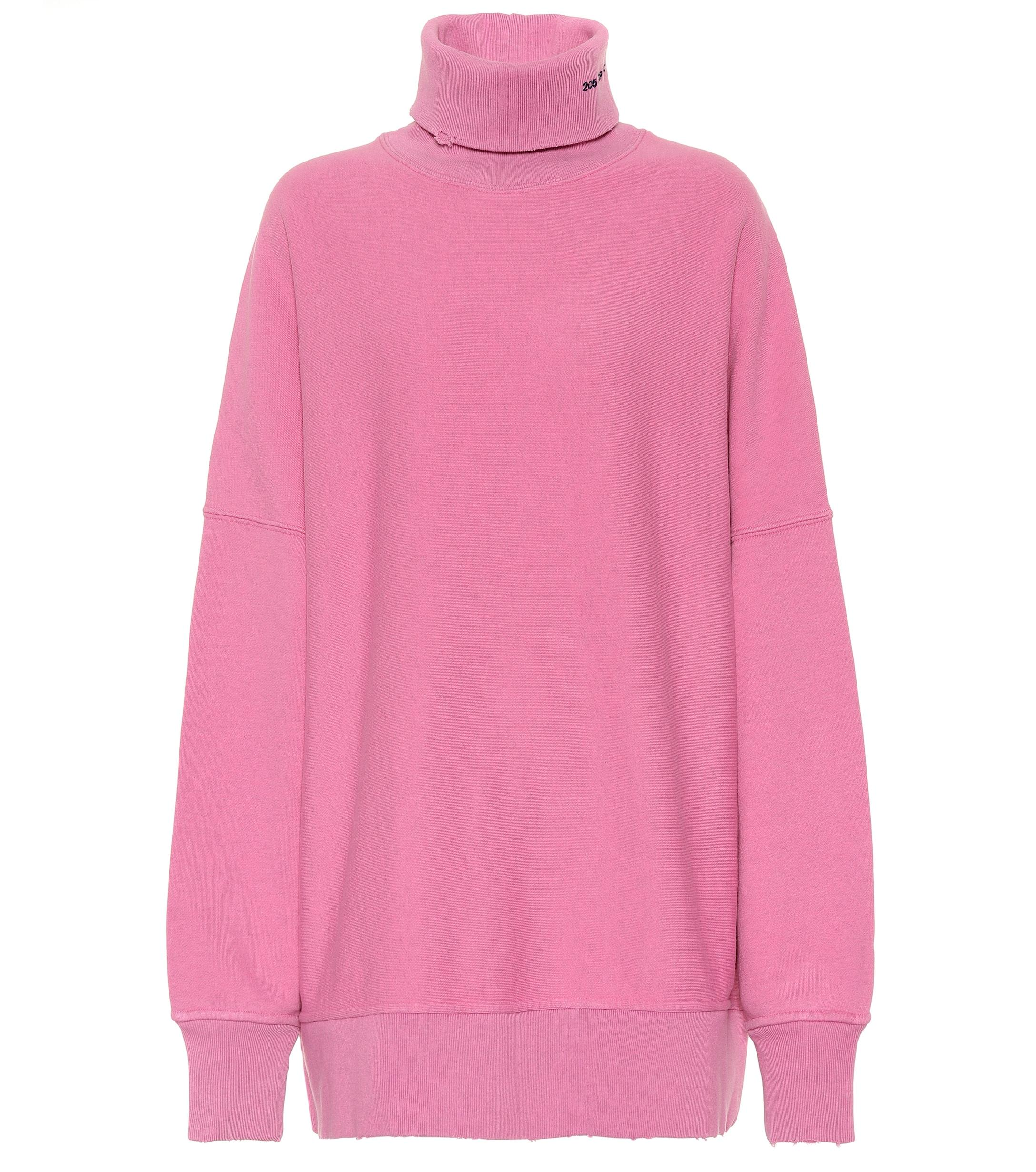 Lyst - CALVIN KLEIN 205W39NYC Oversized Logo Cotton Sweater in Pink 464e68a21