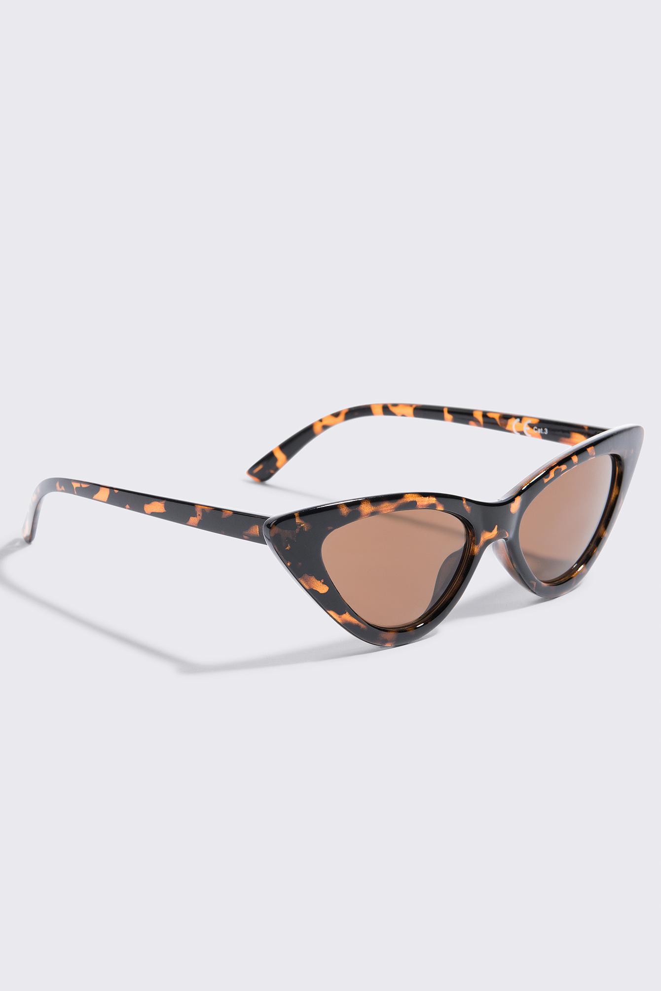 NA-KD Accessories Sharp Cat Eye Sunglasses - Brown 6MVZEb515G