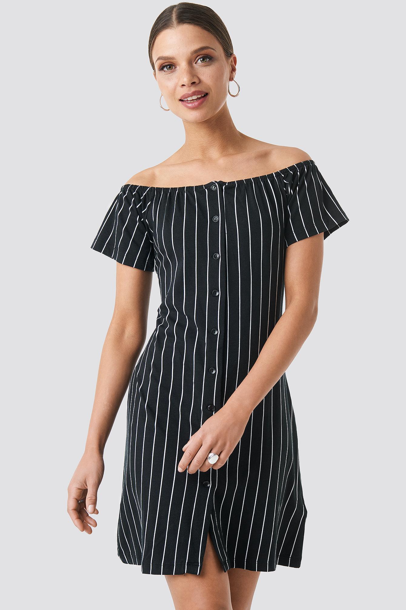 b95b30859ee Lyst - Trendyol Yol Striped Mini Dress Black in Black