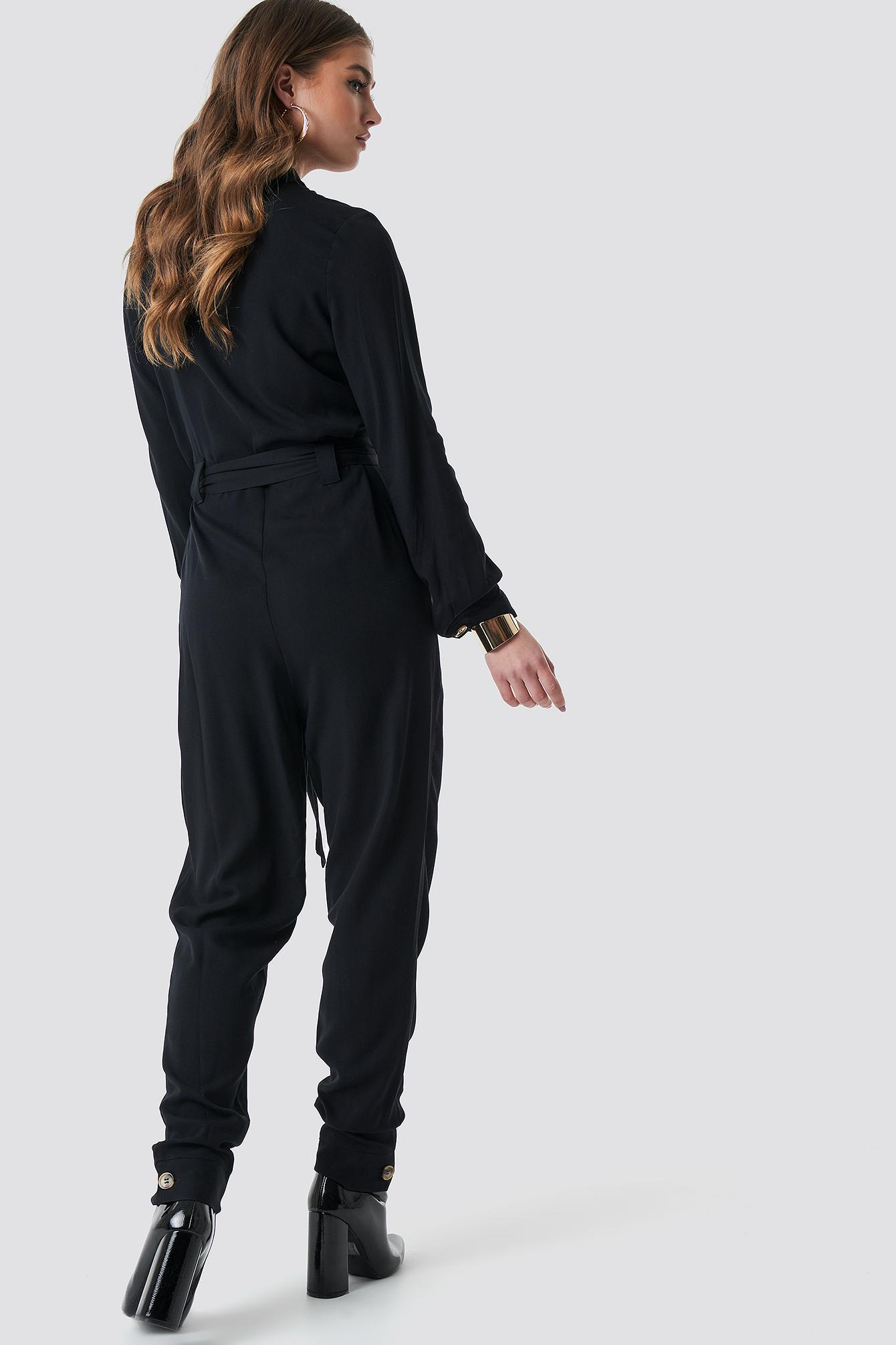 e92767b67322 Lyst - Na-Kd Tie Waist Button Up Jumpsuit Black in Black