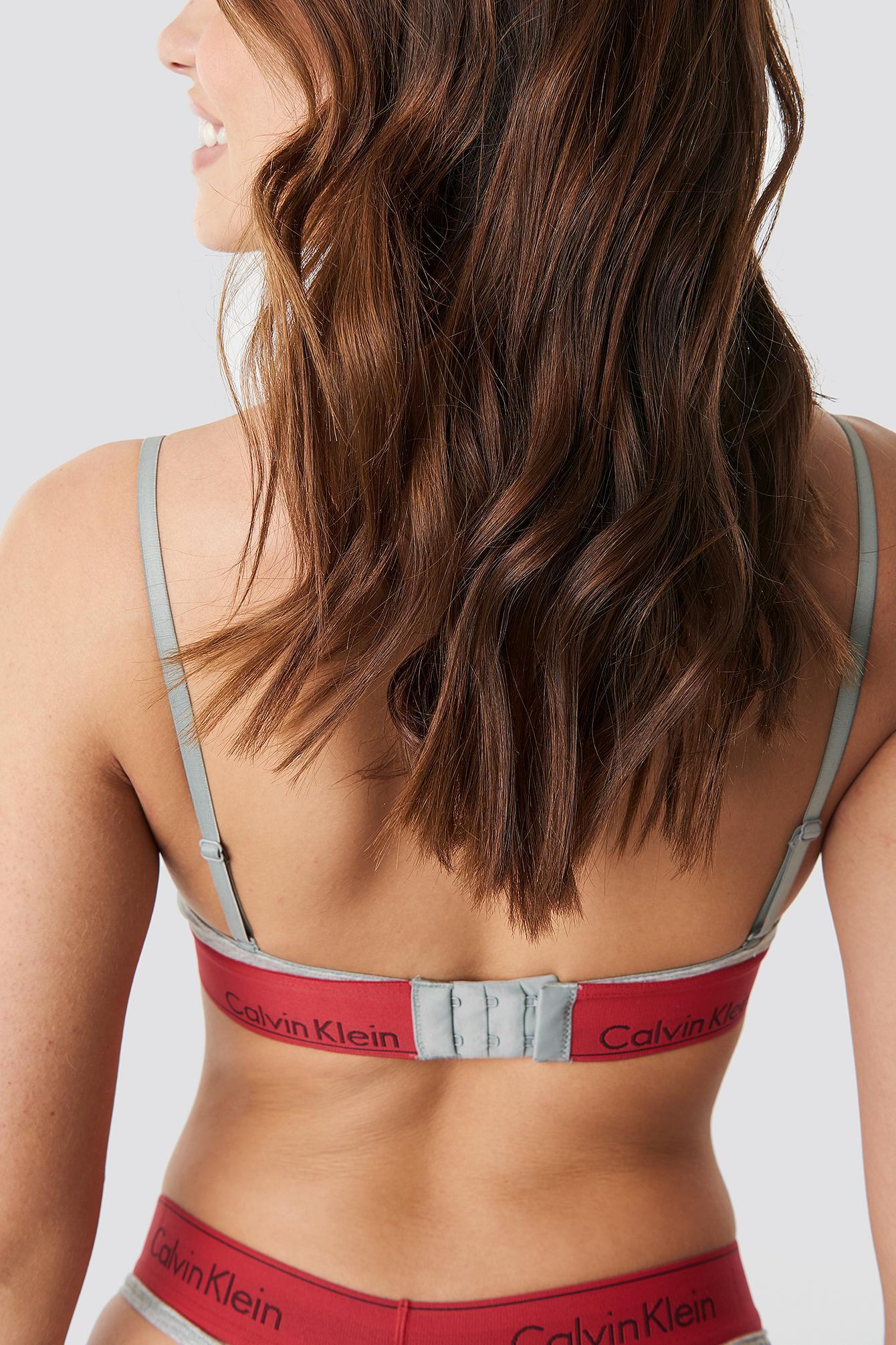 cec6c64cbfe Calvin Klein - Gray Triangle Bra Modern Cotton Grey Heather   Manic Red -  Lyst. View fullscreen