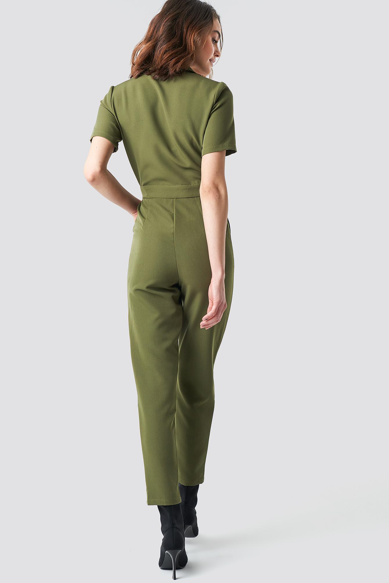 ea7b102ceb9 Lyst - NA-KD Overlap Collared Jumpsuit Green in Green