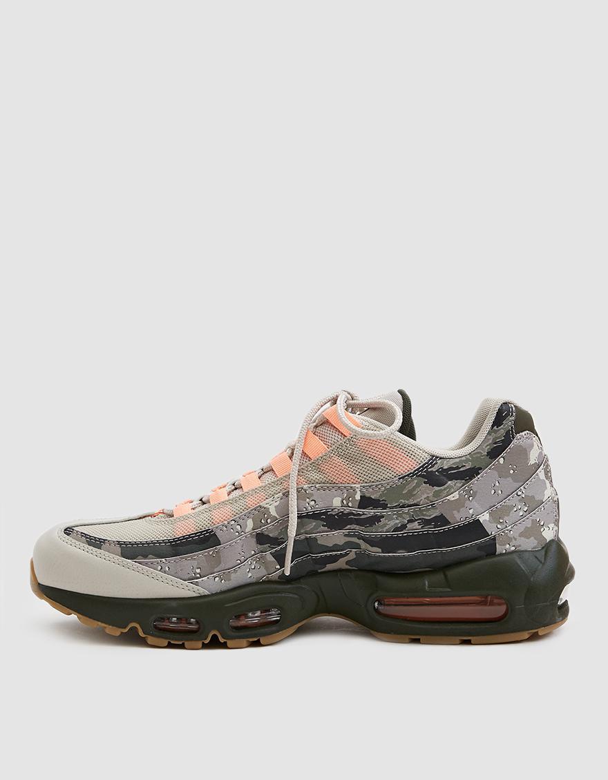 819095ec86ad4 Lyst - Nike Air Max 95 Essential Sneaker for Men