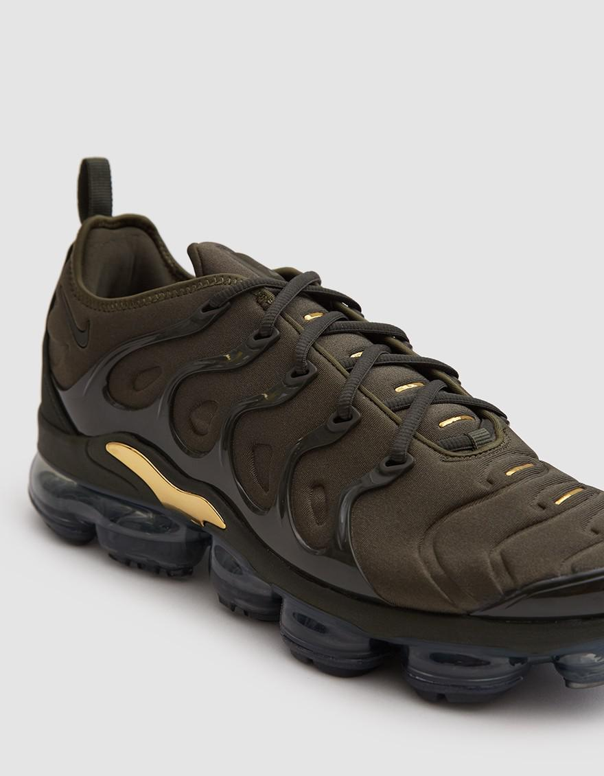 1baa825529 Nike Air Vapormax Plus Shoe In Cargo Khaki/sequoia Clay for Men - Lyst