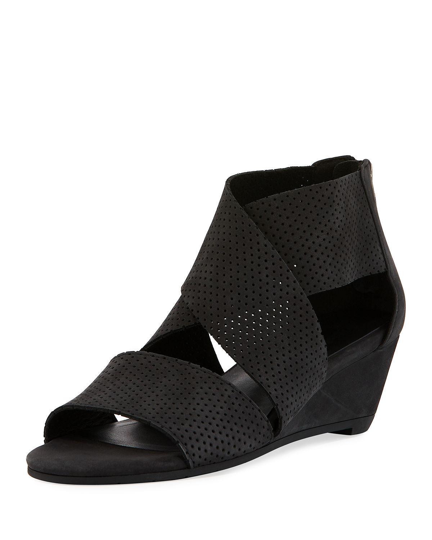 bee1c353ebb2 Eileen Fisher Kes 2 Perforated Wedge Sandal in Black - Lyst