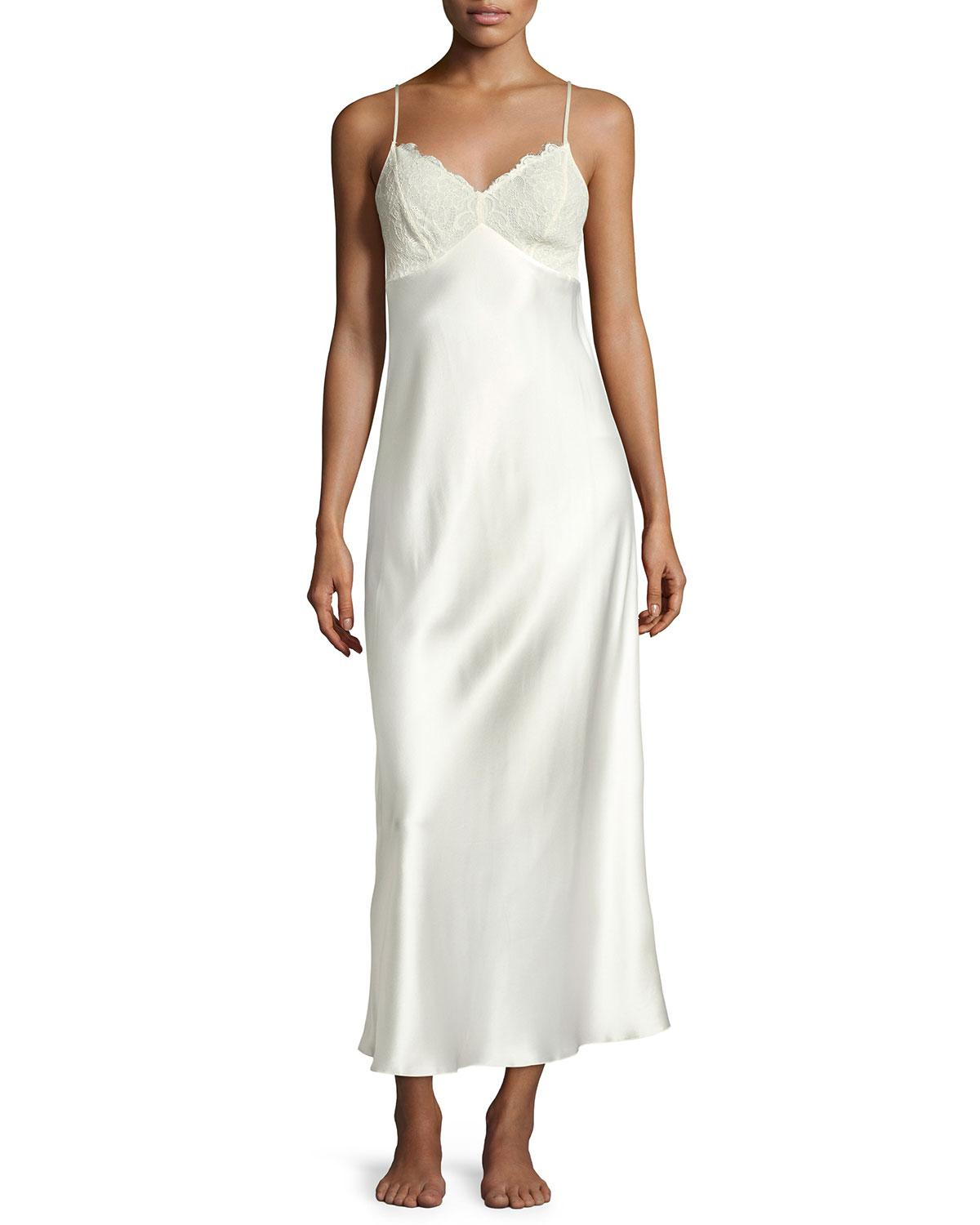 Lyst - Neiman Marcus Lace Gown in White
