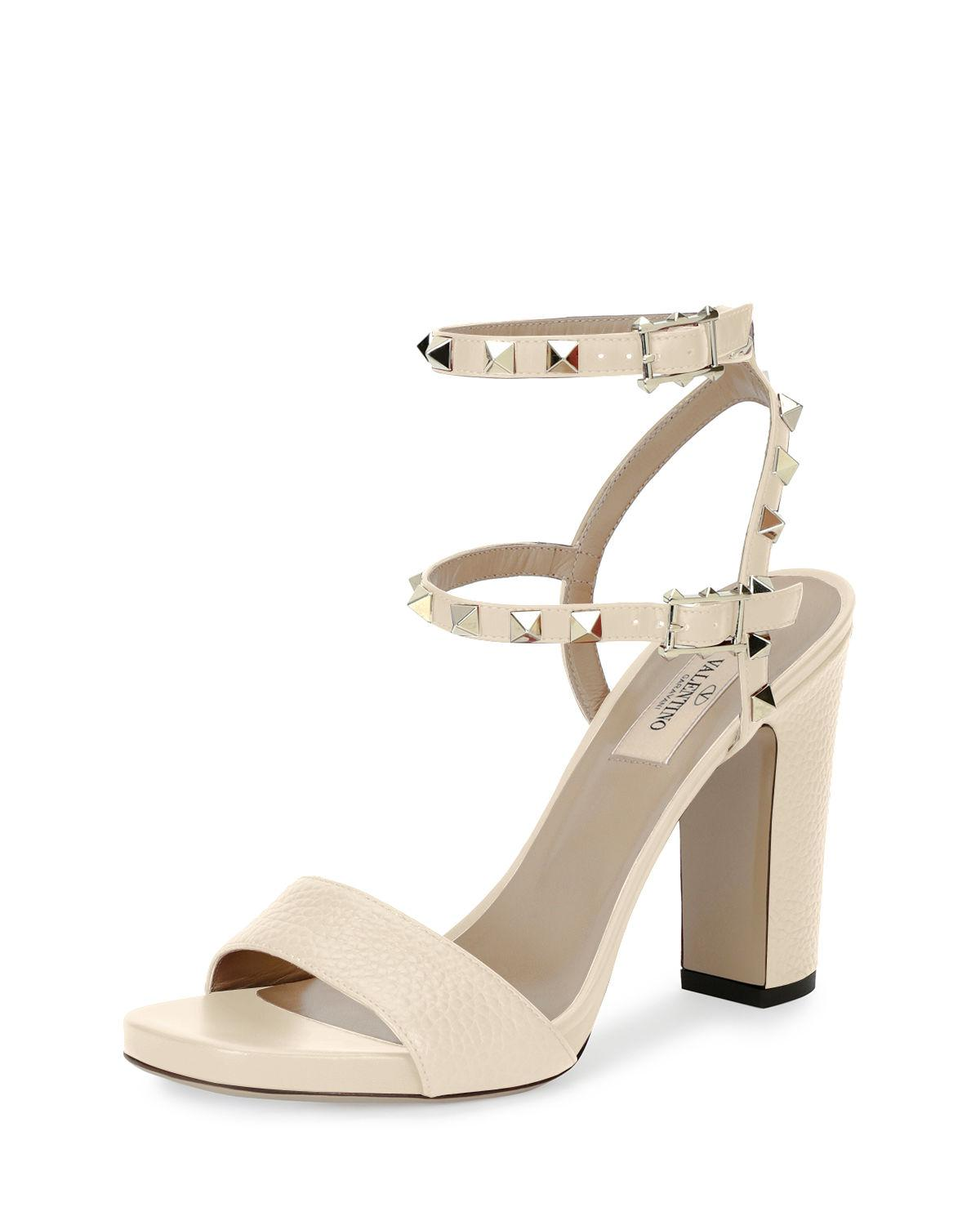 a223827f4a97 Valentino Rockstud 100mm Chunky-heel Sandal in White - Lyst