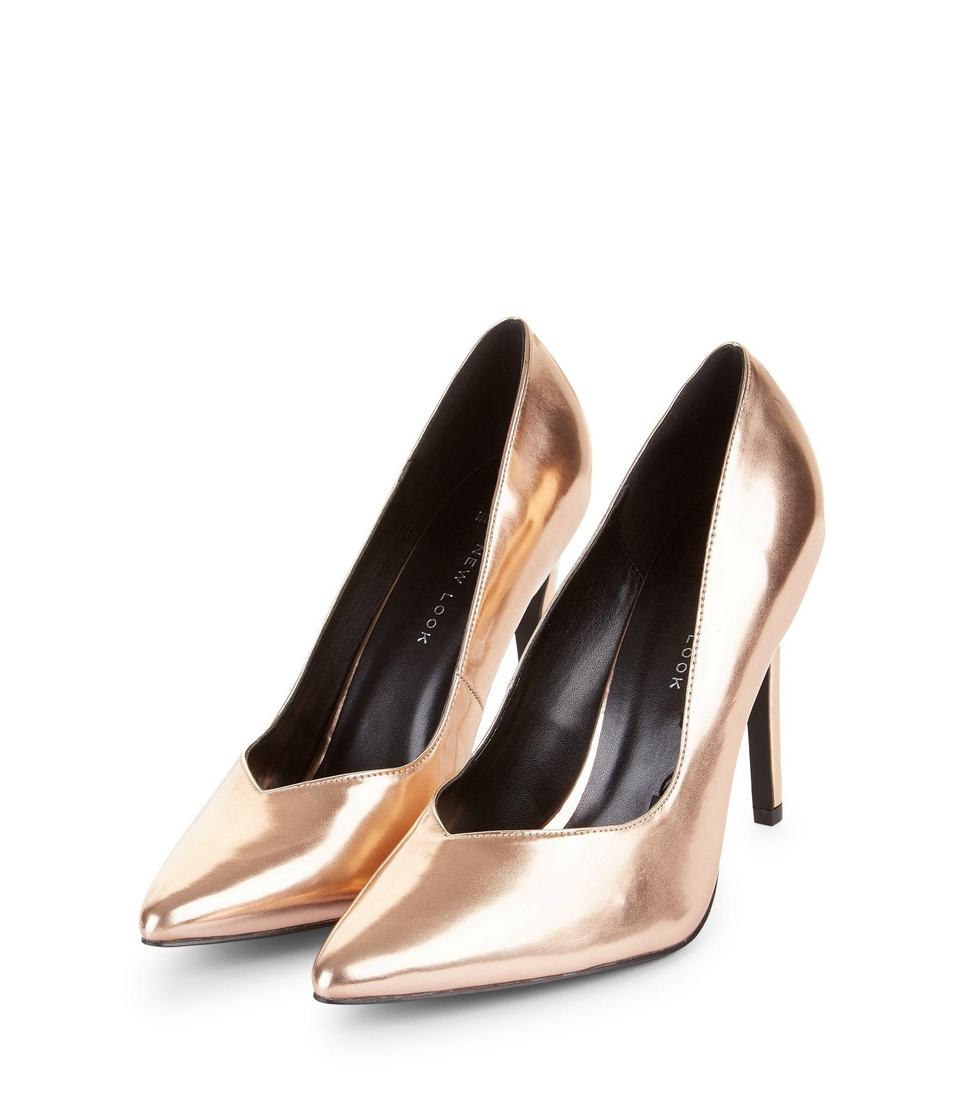 817f856feeb0 New Look Wide Fit Rose Gold Metallic V Throat Toe Court Shoes in ...