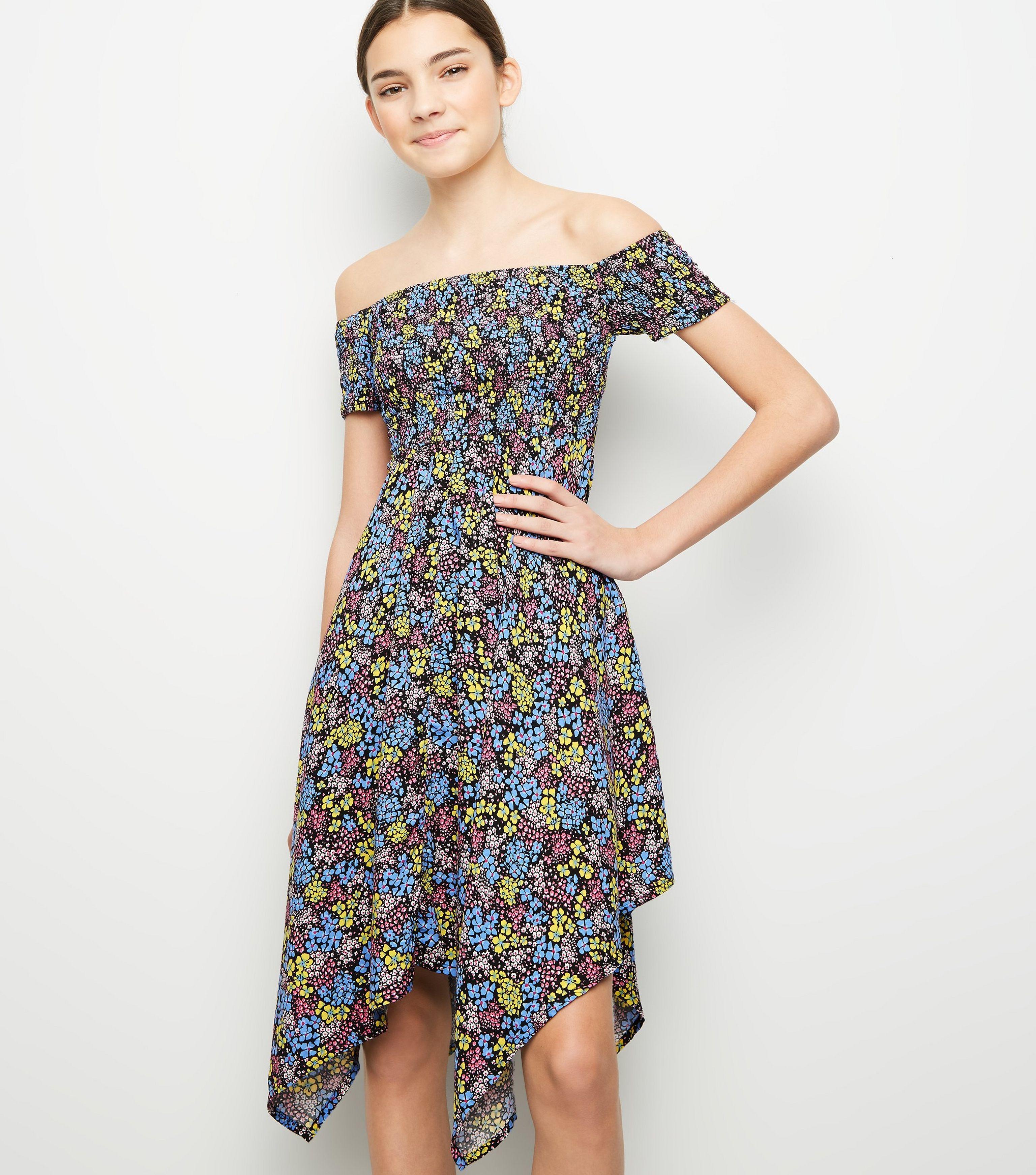 3b0916f7d4c2 New Look Girls Black Floral Shirred Hanky Hem Dress in Black - Lyst