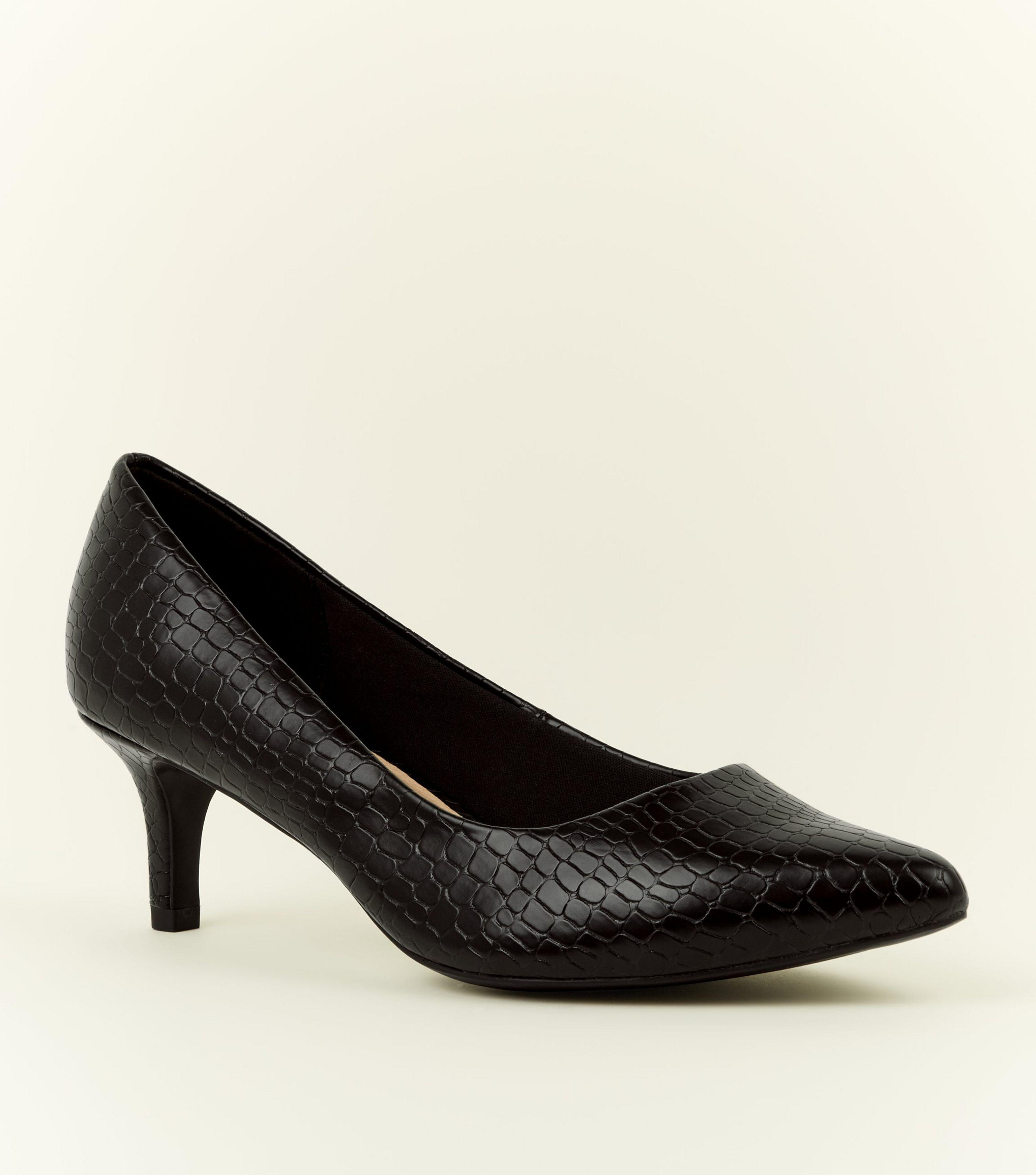 dd56a72538 New Look Wide Fit Black Comfort Flex Faux Croc Courts in Black - Lyst