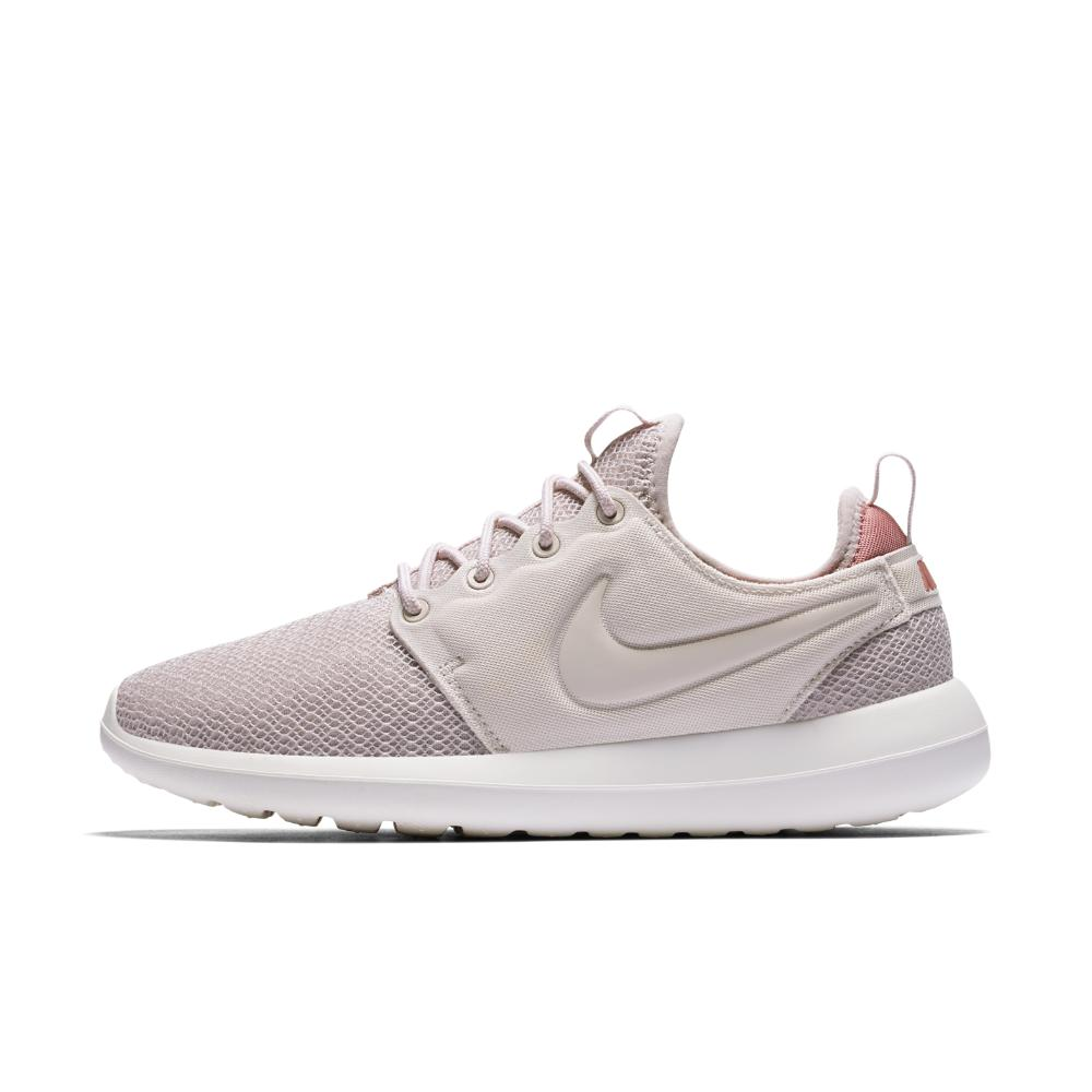 6b1d0f98b0d3 Lyst - Nike Roshe Two Women s Shoe in White