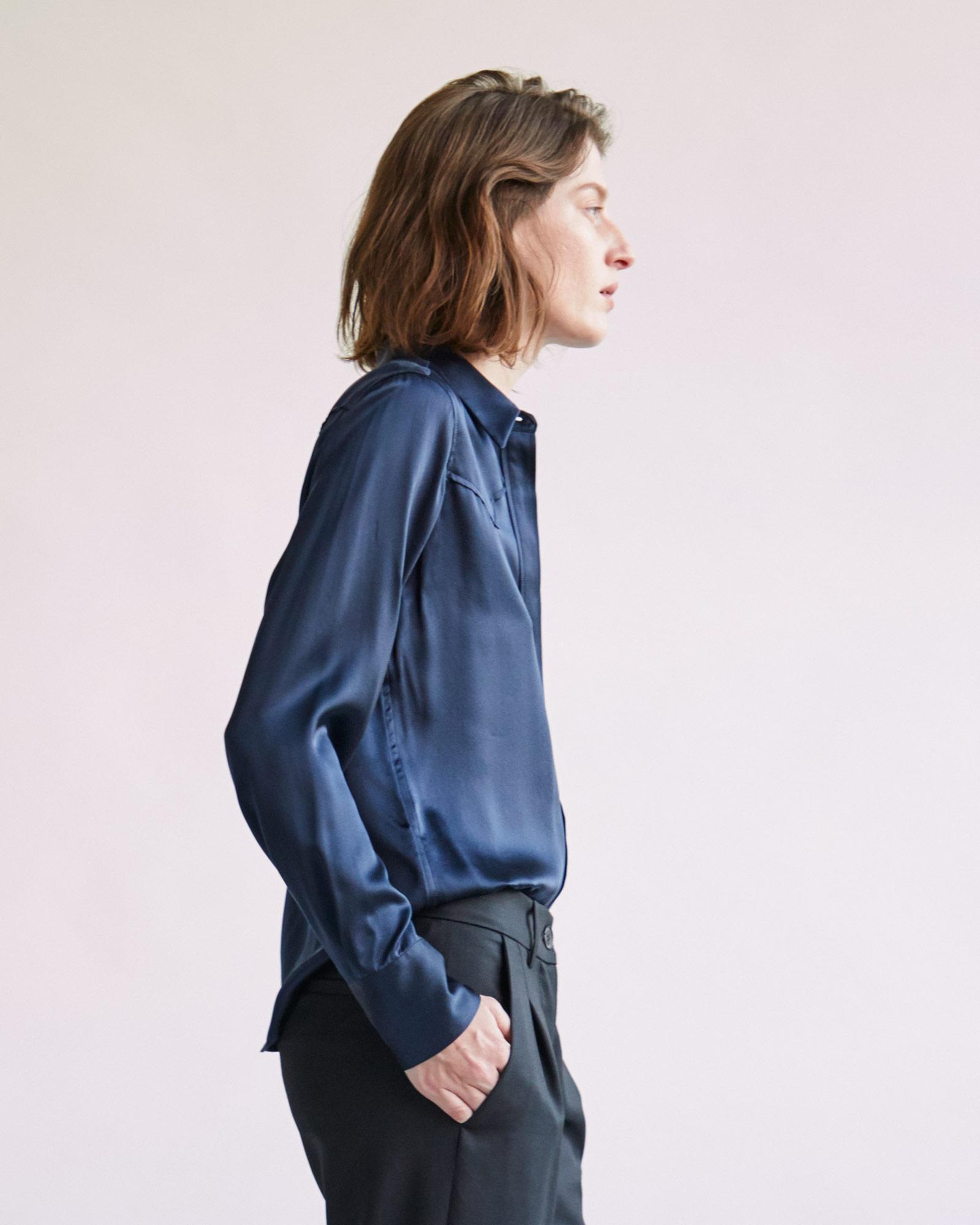 0f370ae0ee900 Lyst - Nili Lotan Mica Silk Shirt in Blue