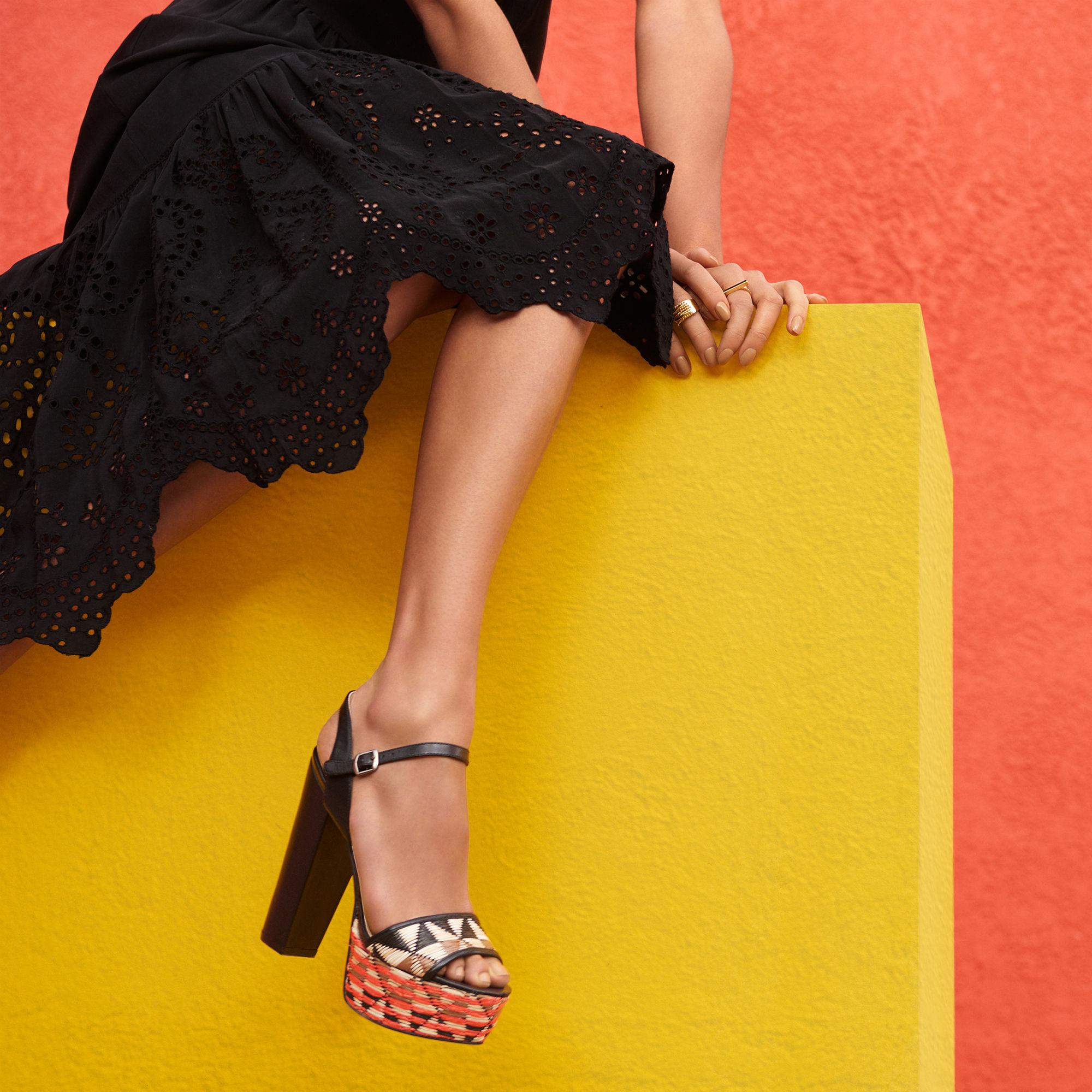 570aada45710 Lyst - Nine West Carnation Platform Sandals