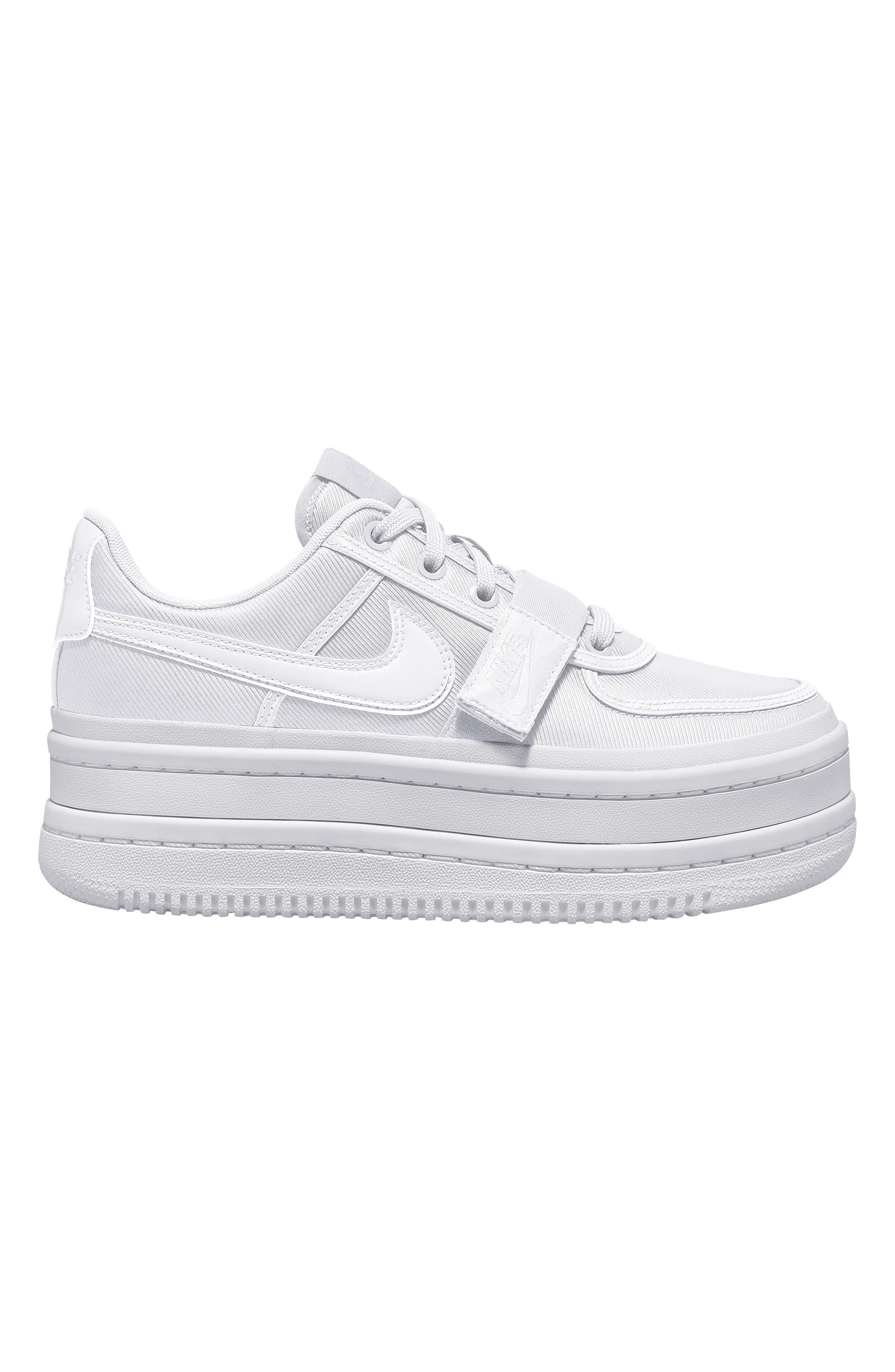 d421a33b0aa7 Lyst - Nike Vandal 2k Sneaker in White