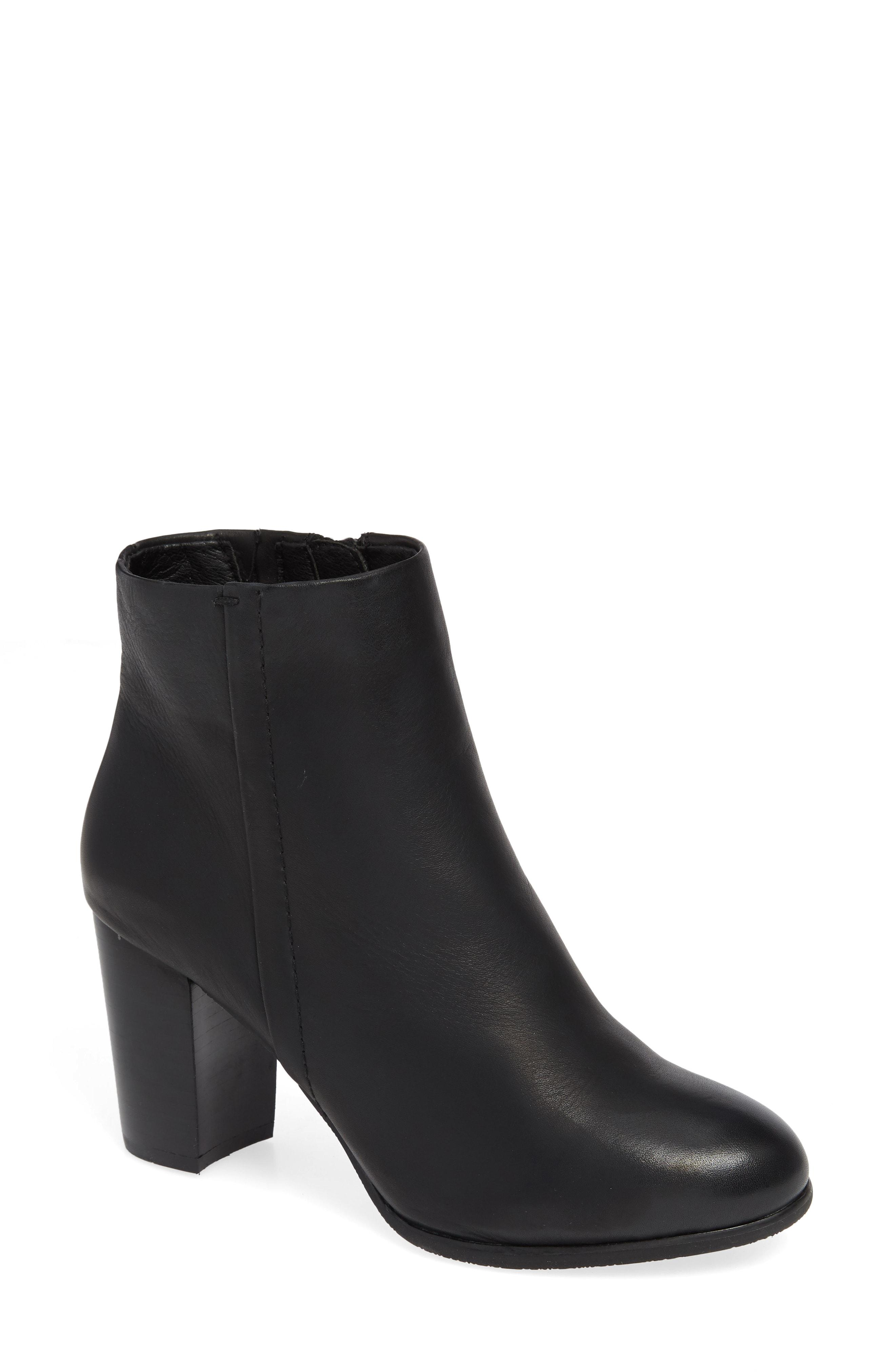 5f7a3cad584 Vionic Kennedy Ankle Bootie in Black - Lyst