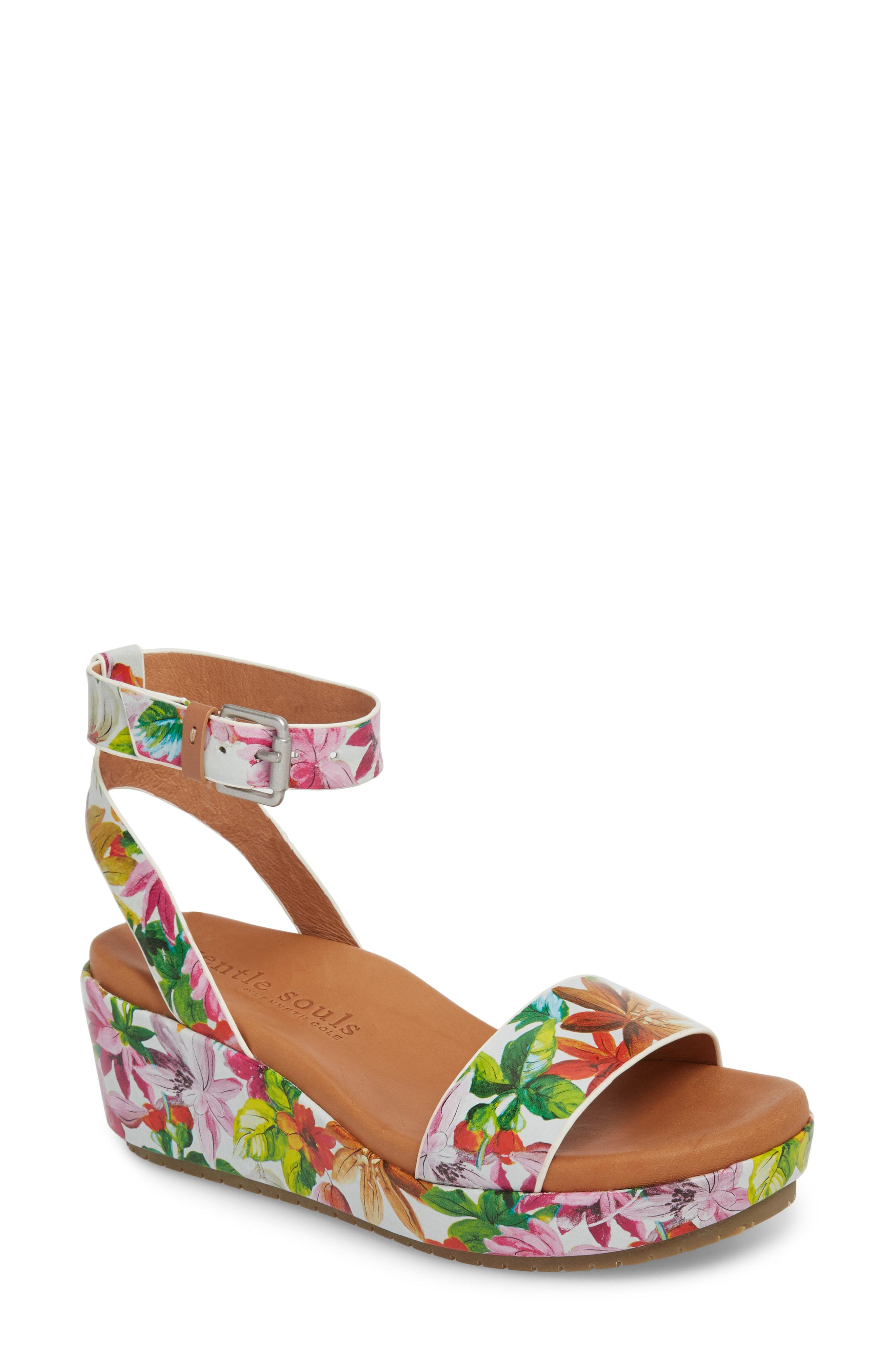 d4409a8558 Gallery. Previously sold at: Nordstrom · Women's White Wedge Shoes ...