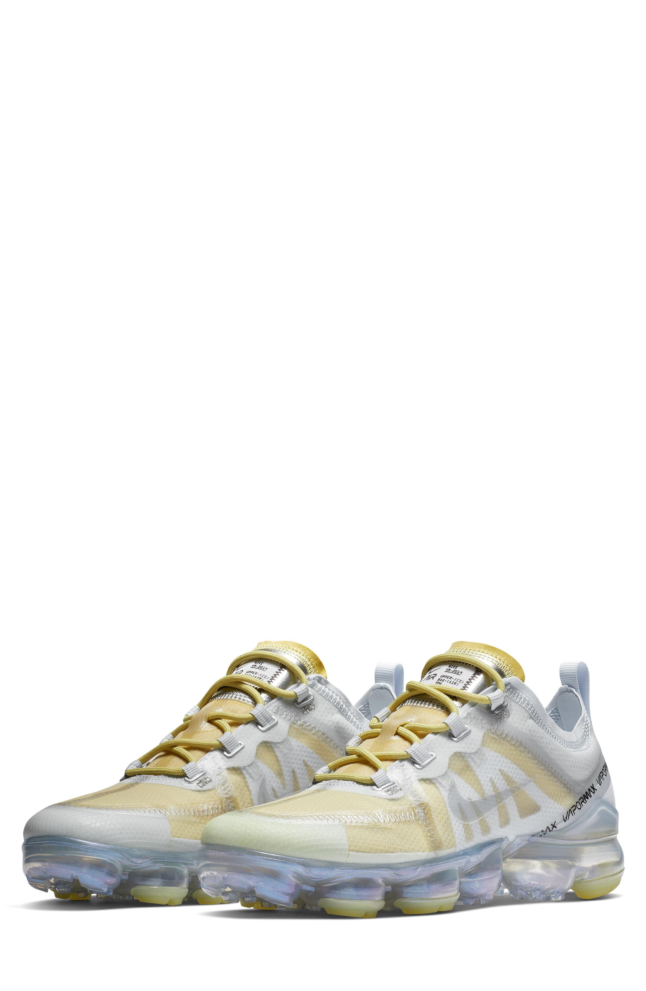 abb261aba91 Lyst - Nike Air Vapormax 2019 Premium Running Shoe