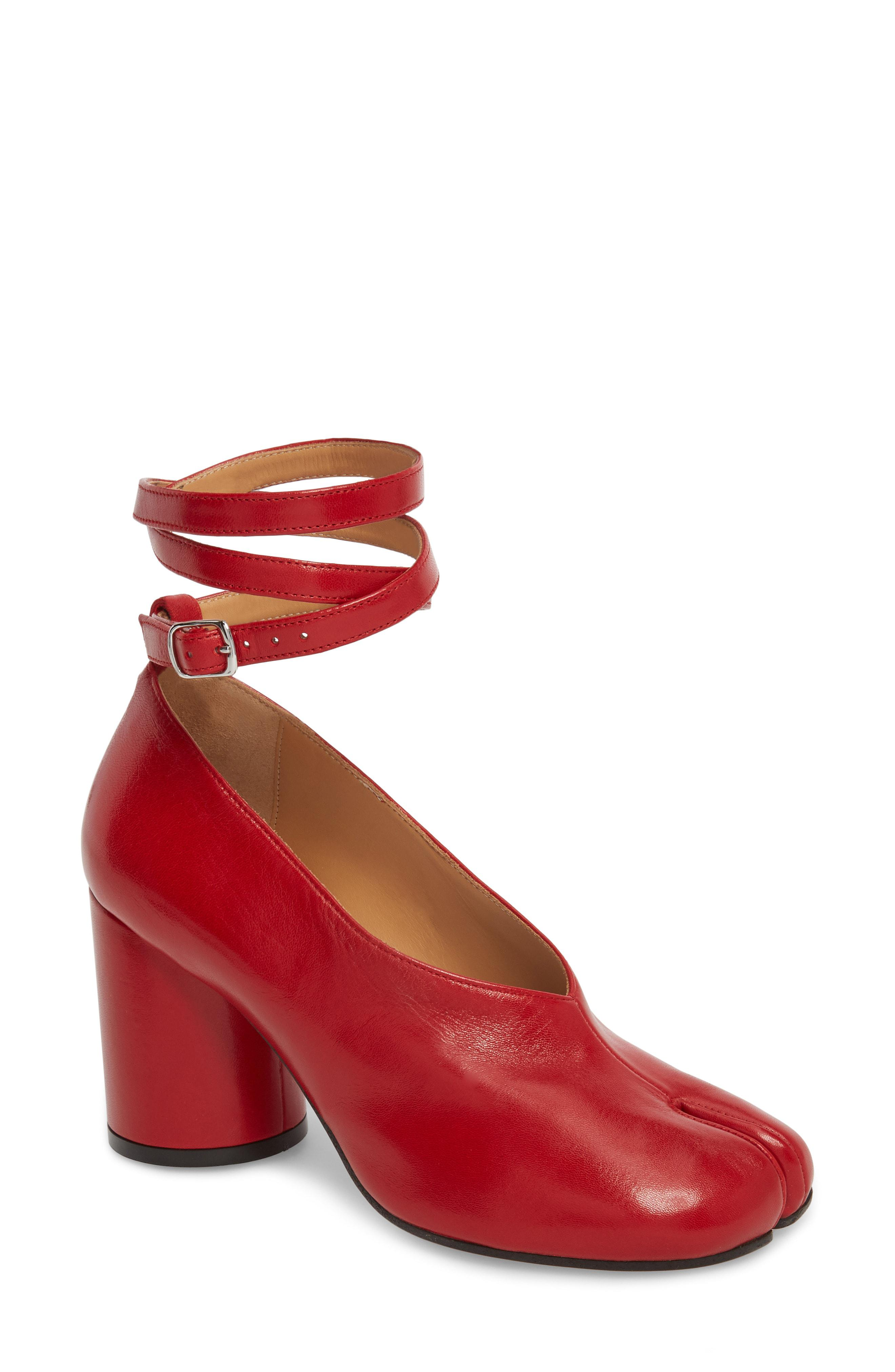 6303bec71c2 Lyst - Maison Margiela Tabi Ankle Strap Pump in Red