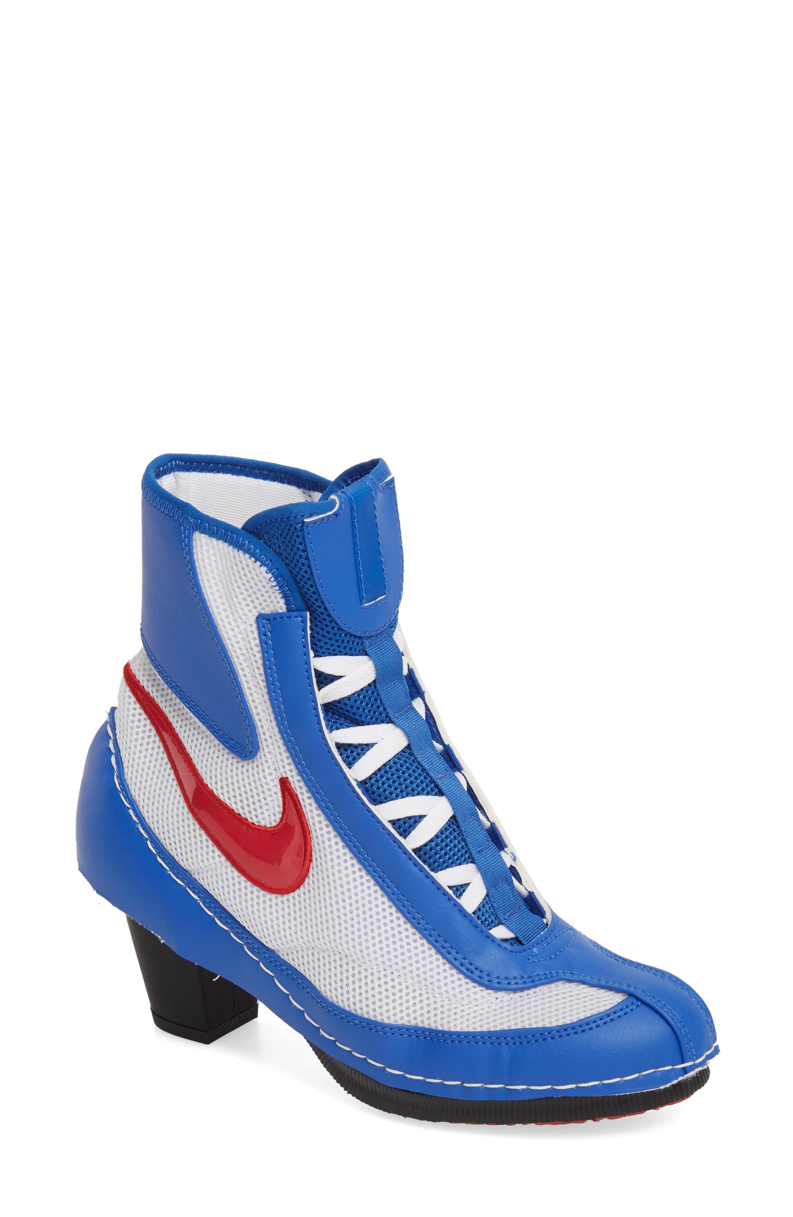 official photos c60b2 8d2d8 Comme des Garçons. Women s Blue Heeled Machomai Boxing Boot