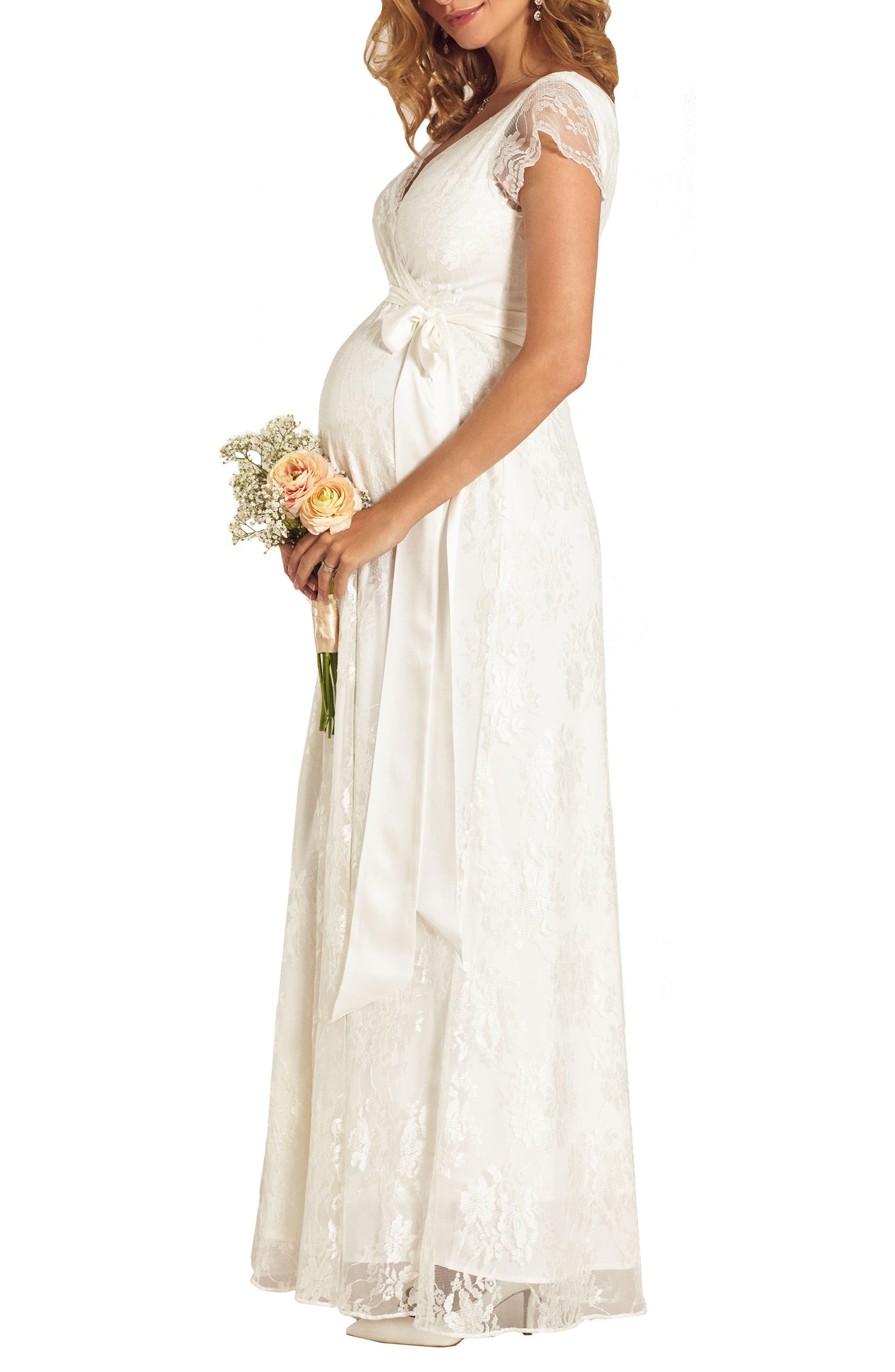 0c133628e6bc2 TIFFANY ROSE Eden Lace Maternity Gown in White - Lyst
