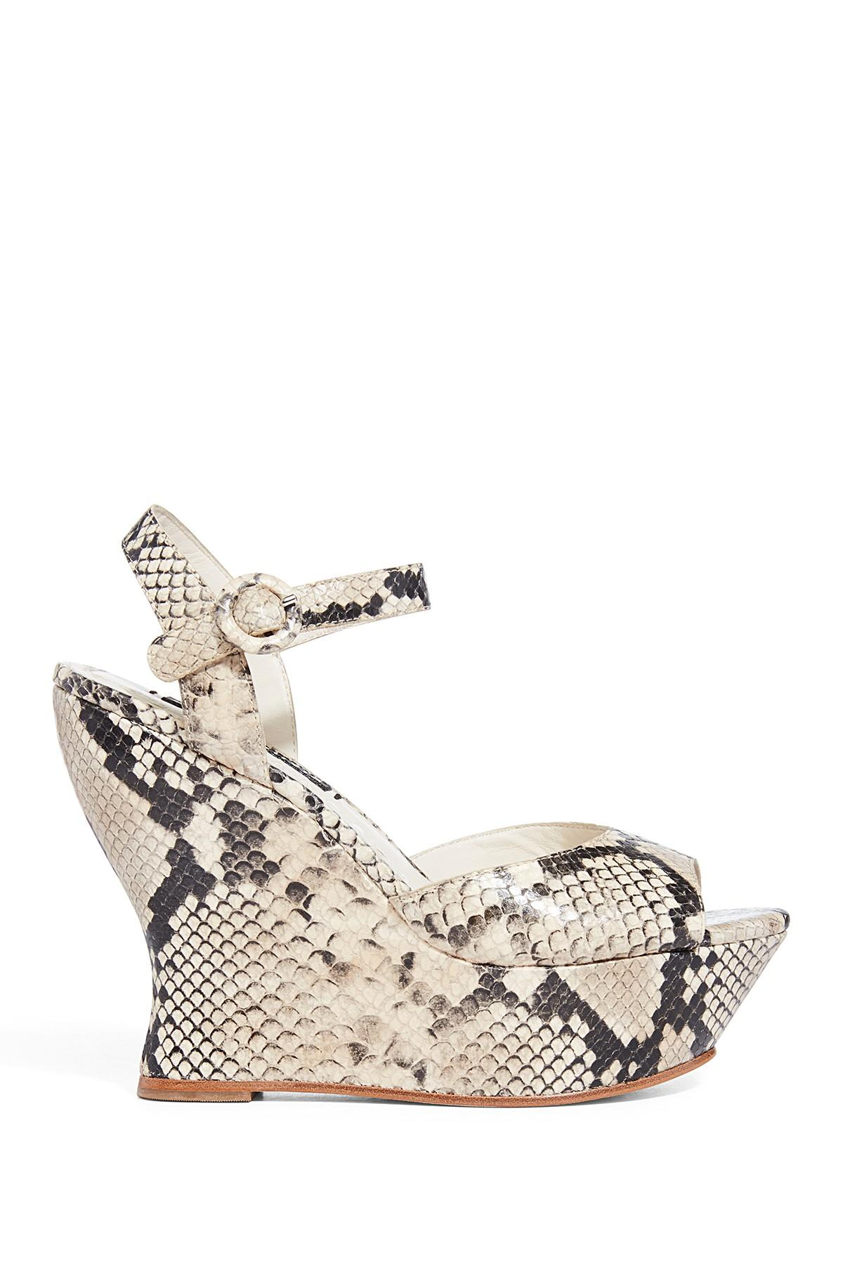 86659064b6ce Lyst - Alice + Olivia Jana Snake Patterned Wedge Sandal in Natural ...