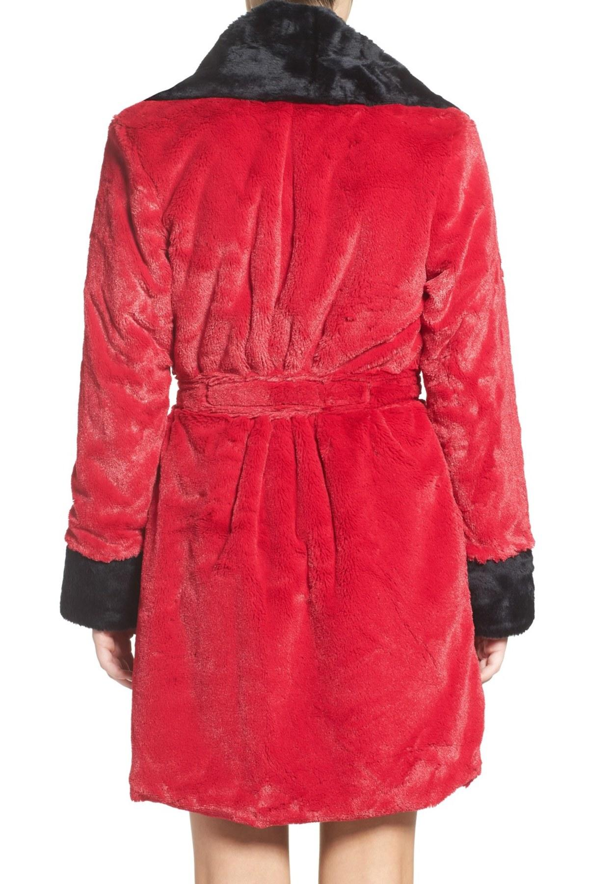 Betsey johnson glamour short robe in red lyst for Robes de mariage de betsey johnson