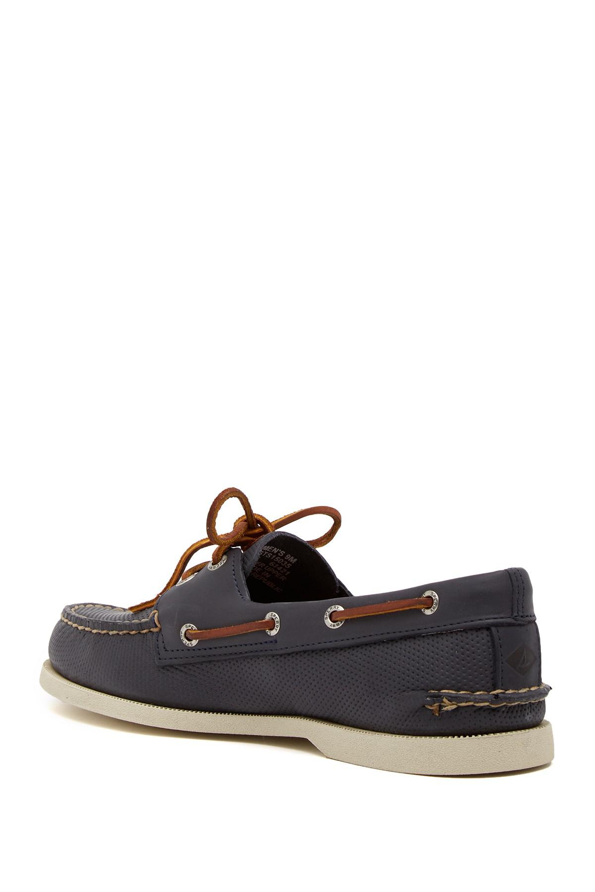 Sperry Authentic Original Water Resistant 2-Eye Boat Shoe D8AXwr8