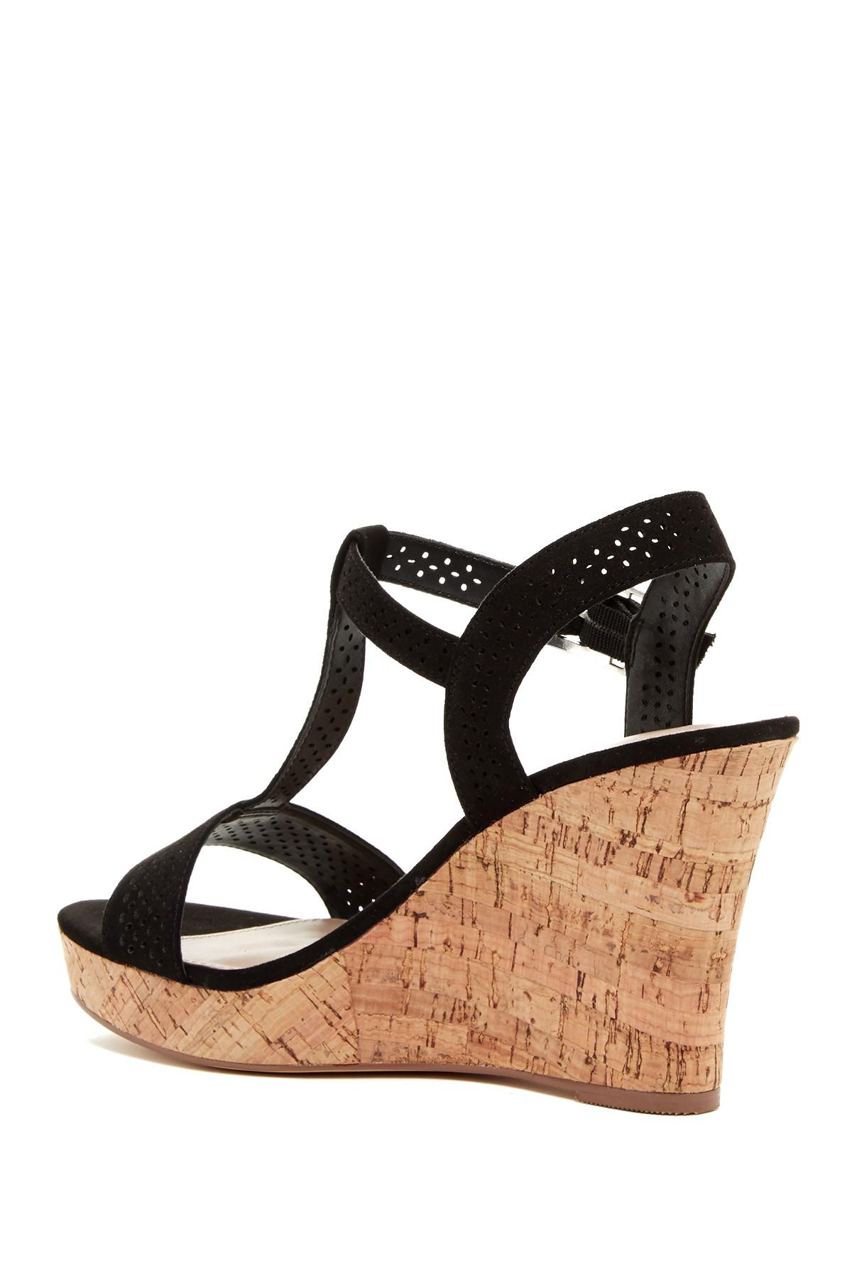 Naturalizer Strappy Wedge Black