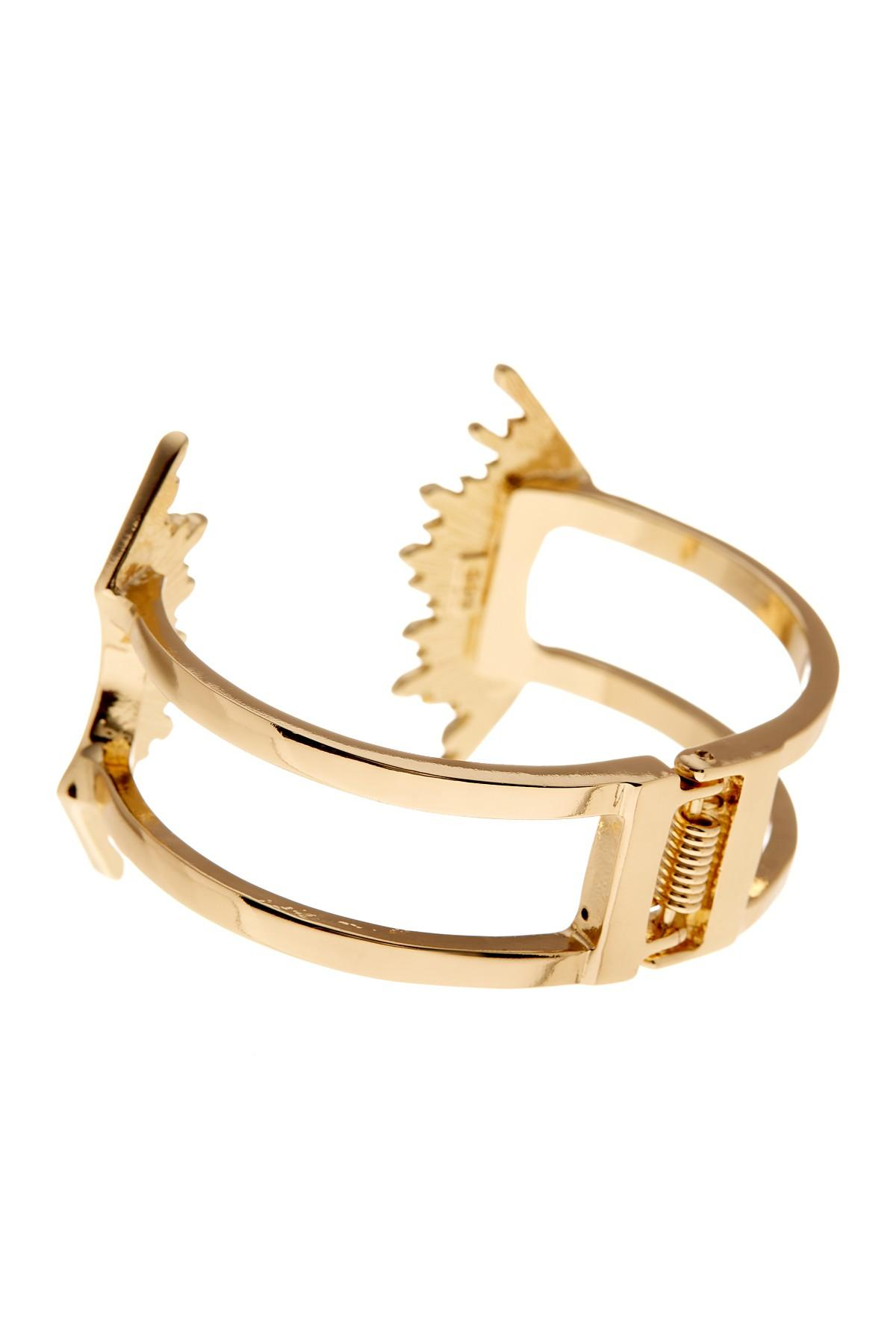 single women in sunburst Women's jewelry earrings bracelets this bali sunburst double flare tunnel plug is full of energy and good tribal sunburst surgical steel single flare plug.