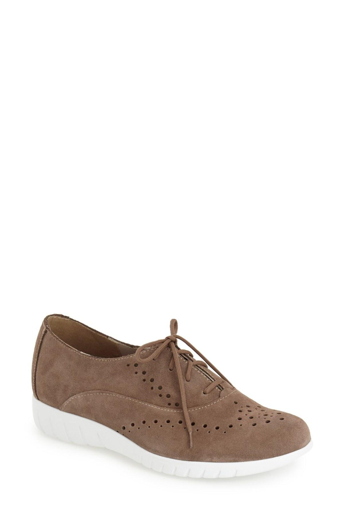 Munro Wellesley Oxford Sneaker - Multiple Widths Available qIvuzIFjX9