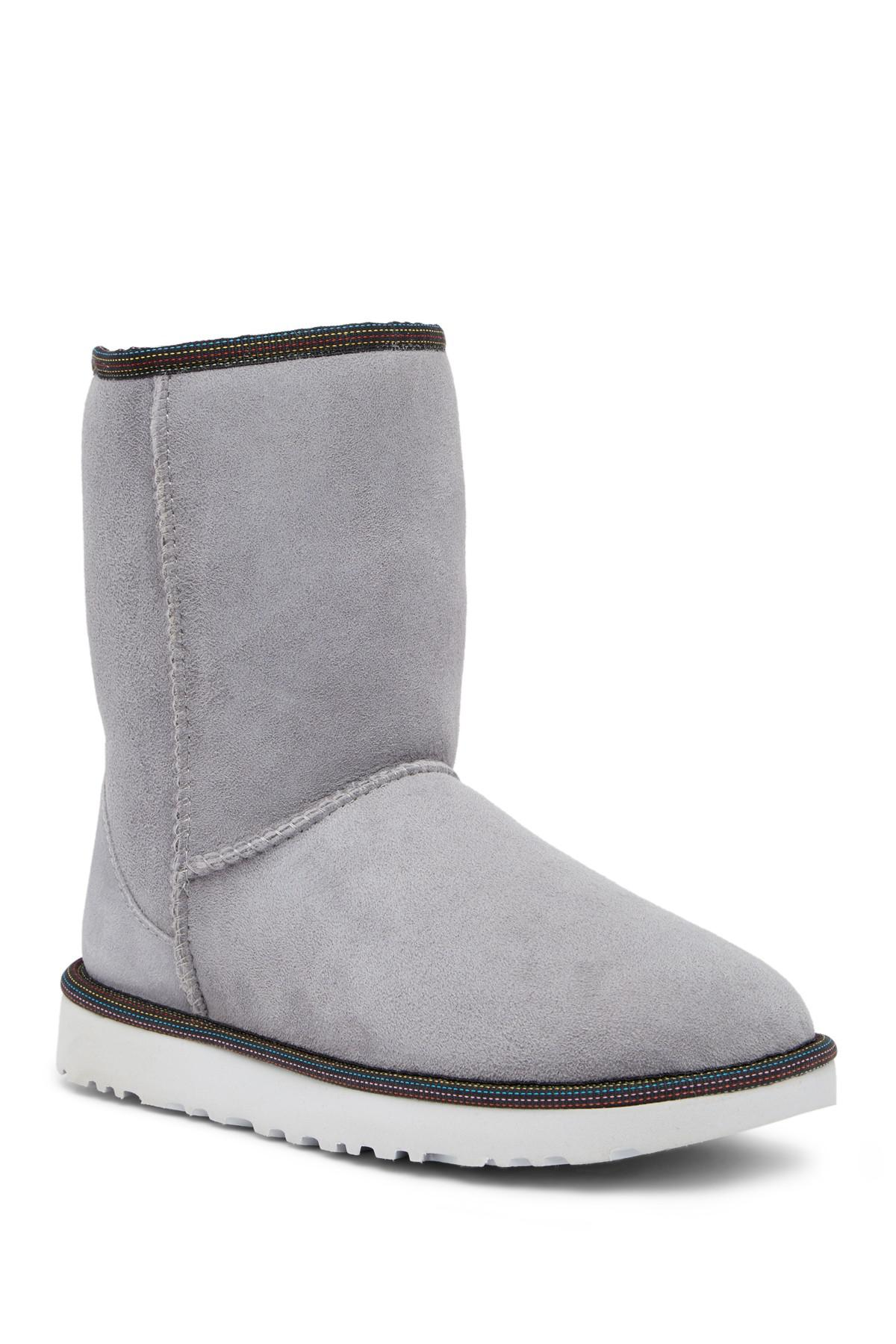 984be444212 closeout ugg classic short weave ce30b 4c557