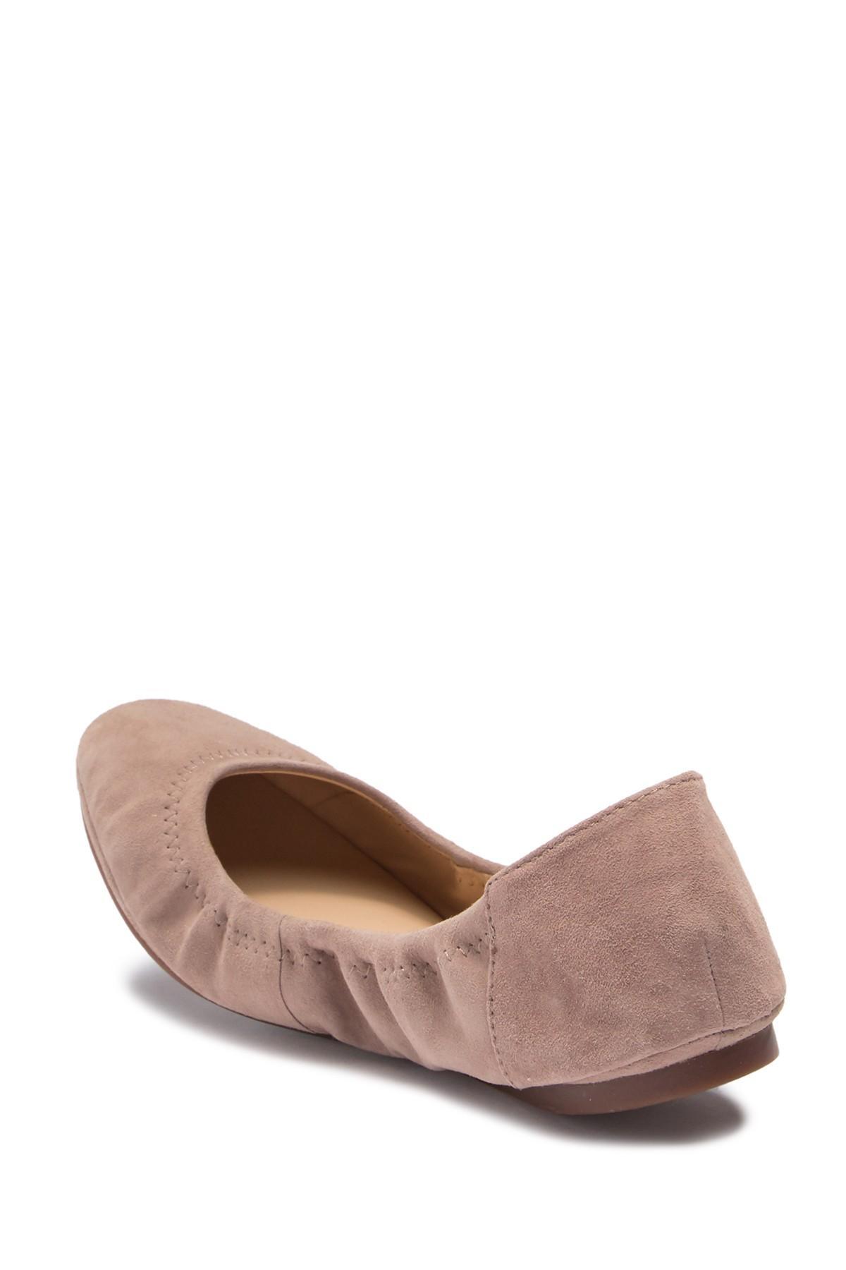 5ebffe72a1f Vince Camuto - Brown Ellen Round Toe Leather Flat - Lyst. View fullscreen