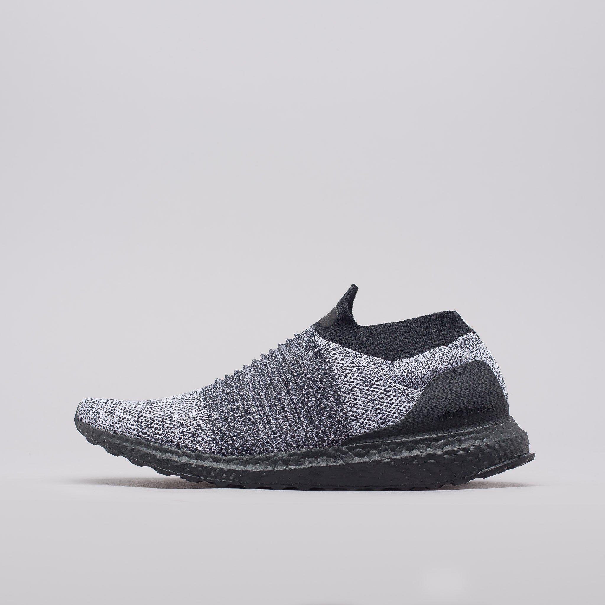 9e13066bc9a Lyst - adidas Ultra Boost Laceless In Core Black white in Black for Men