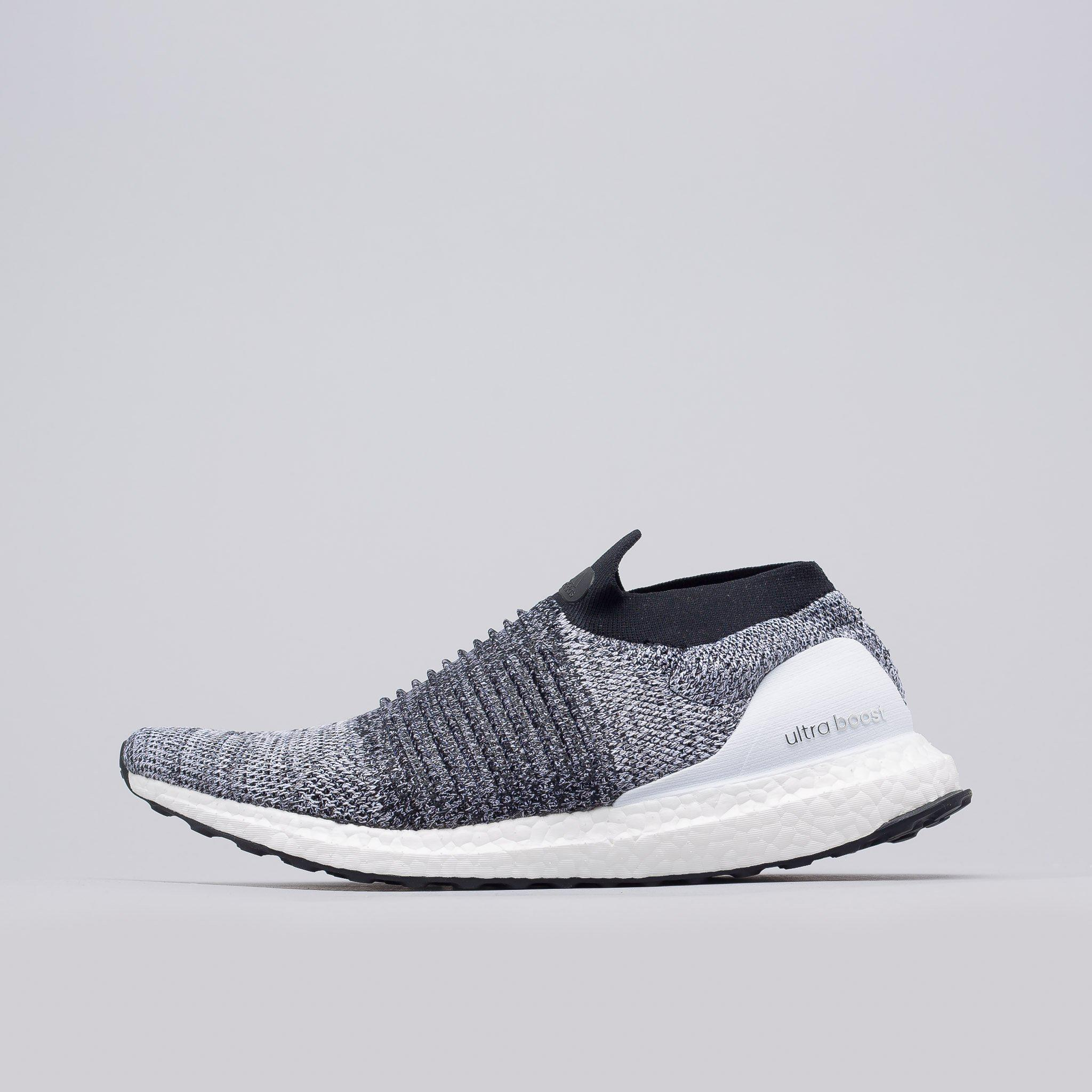 f1ef0b0c75b0c Lyst - adidas Ultra Boost Laceless In White in White for Men
