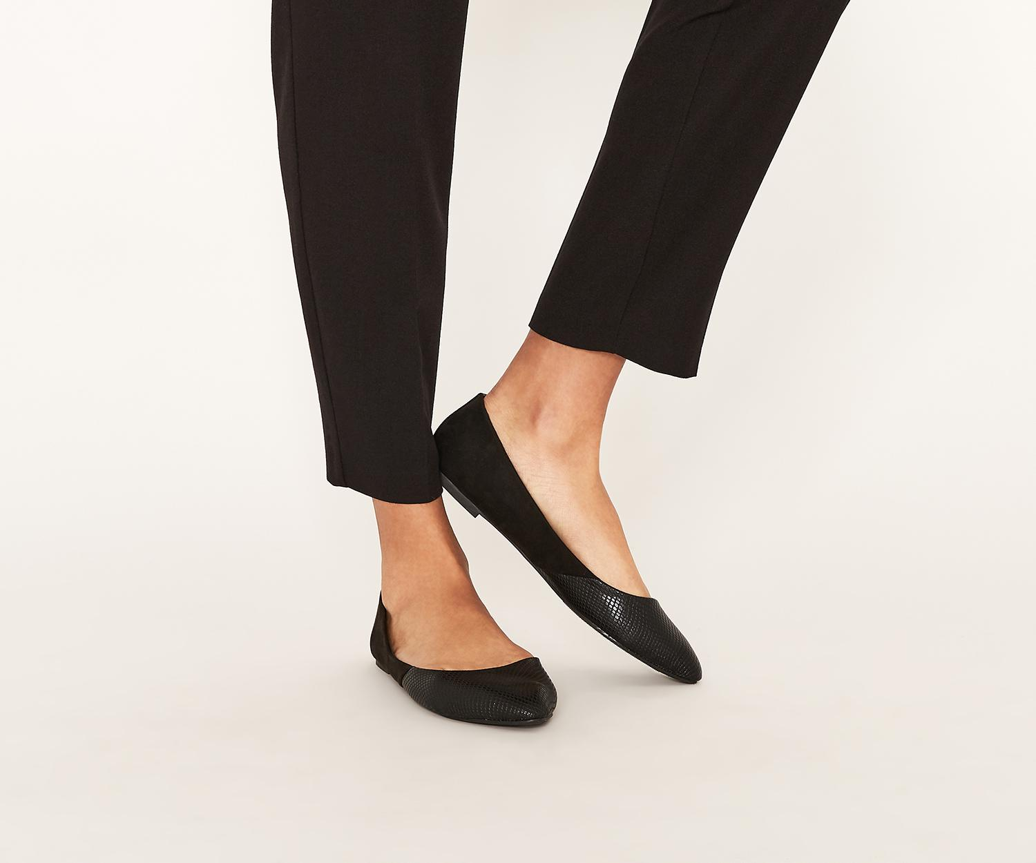 e1f50148613c Oasis Snake Patched Flat Point in Black - Lyst