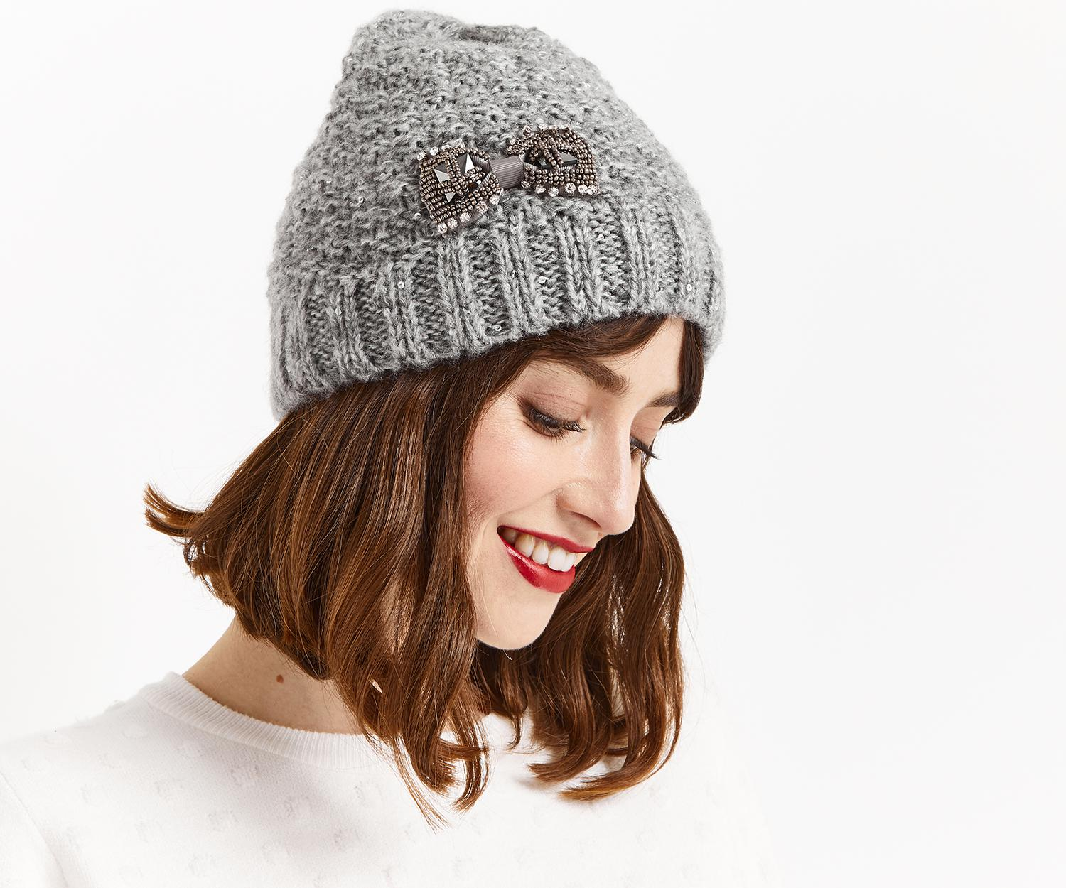 df95fdd12bb Oasis Bow Beanie in Gray - Lyst