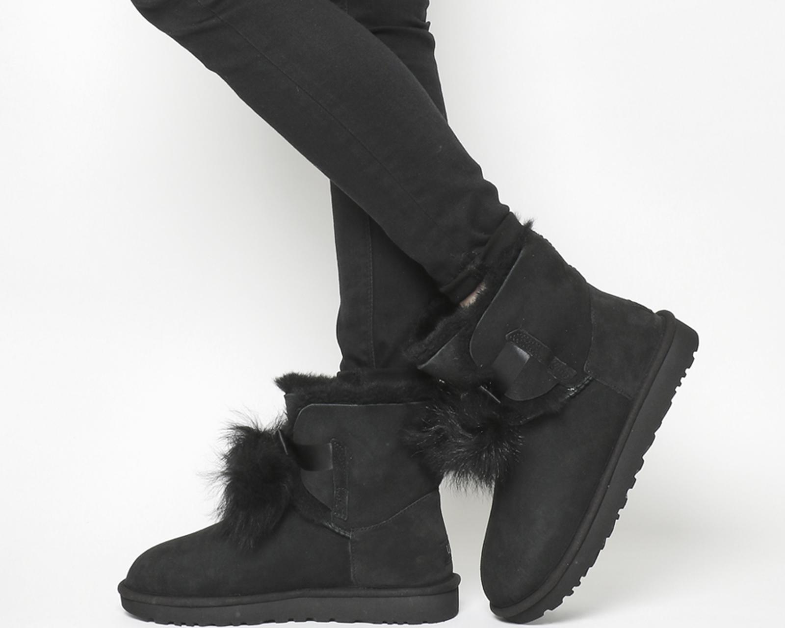 Women's Gita Pom-Pom Boot