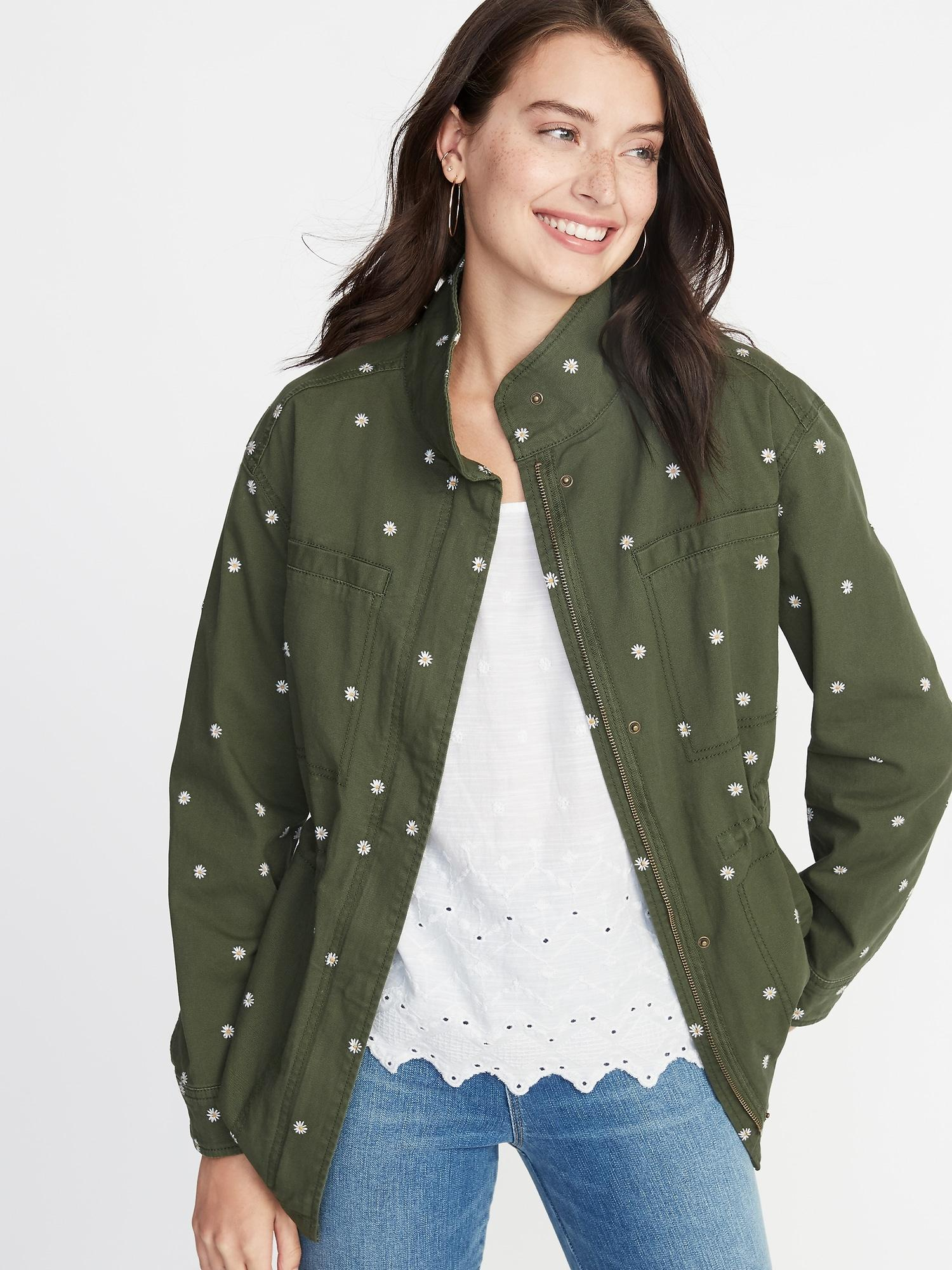 c045f4ae4bf32 Old Navy Embroidered Daisy-print Field Jacket in Green - Lyst