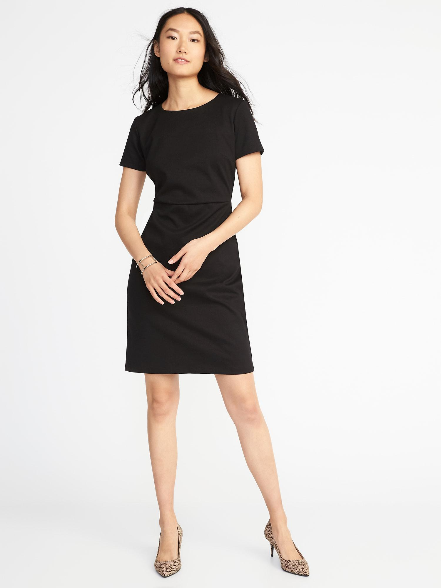 3ef9be23c3870 Gallery. Previously sold at  Old Navy · Women s Navy Dresses Women s Sheath  ...