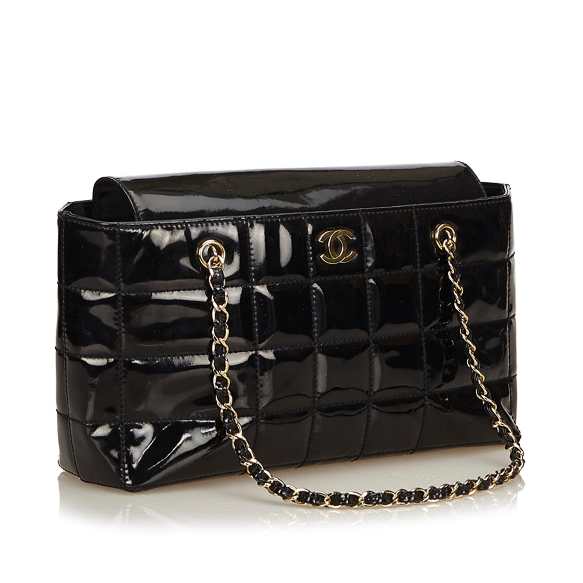 4b7c0e2ec5d00c Chanel - Black Choco Bar Patent Leather Shoulder Bag - Lyst. View fullscreen