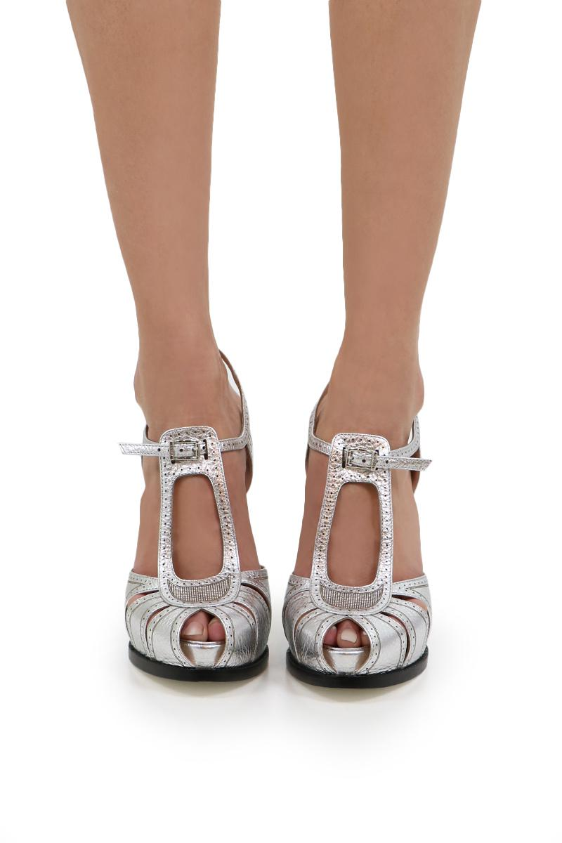 Fendi Chameleon Metallic Leather Block Heel Sandals hdDoVASMck