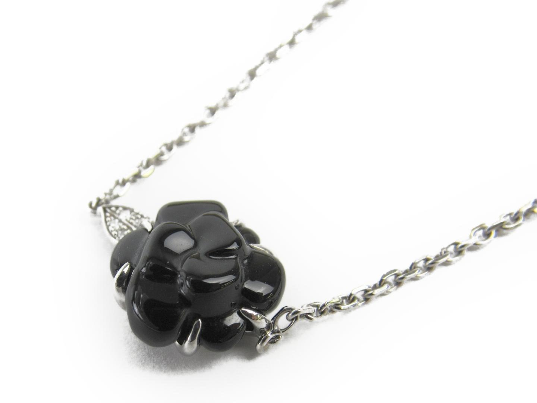 5ba73dbbf00109 Chanel Camellia Diamond Bracelet K18wg (750) White Gold X Onyx X ...