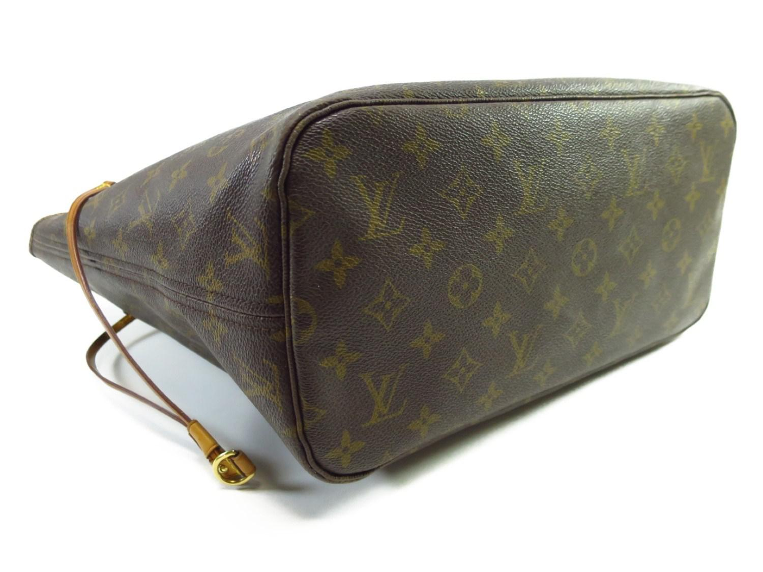 5aa2979fcd7d Lyst - Louis Vuitton Authentic Neverfull Mm Shoulder Tote Bag ...