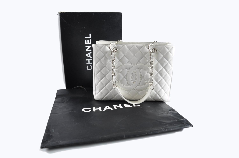 50e32338f3db Chanel Gst Grand Shopping Tote White Caviar Shw in White - Lyst