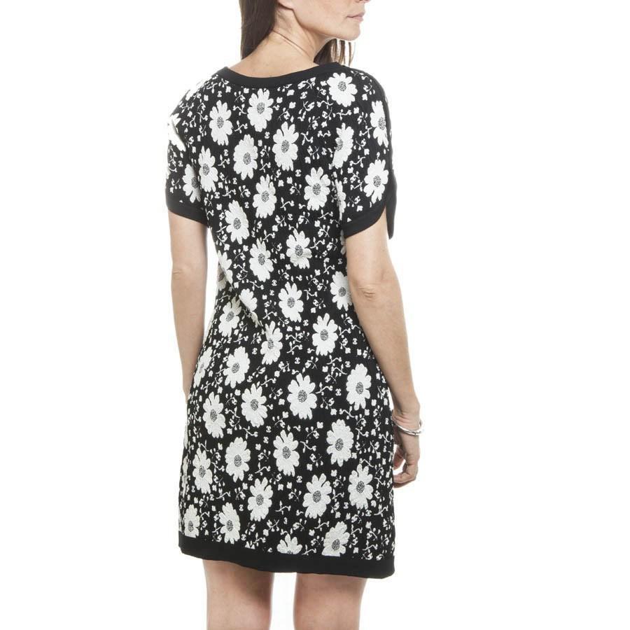Lyst Chanel T 36 En Black And White Flower Dress In White