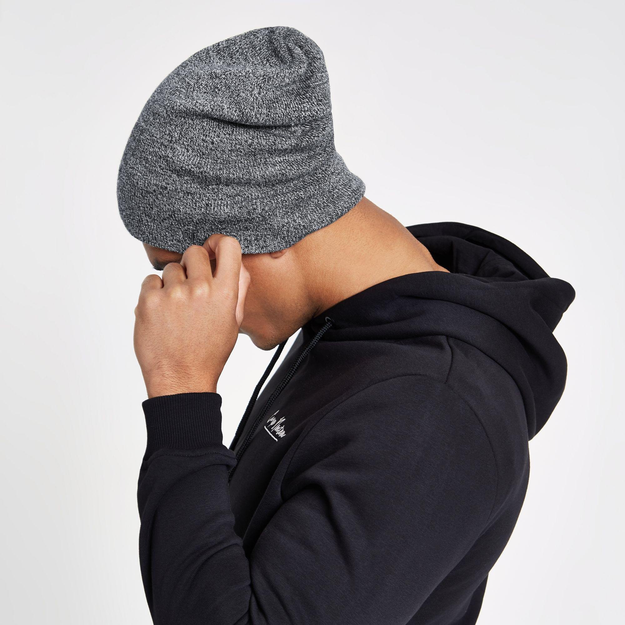 34989675fc5 River Island - Gray Light Grey Twist Slouch Beanie Hat for Men - Lyst. View  fullscreen