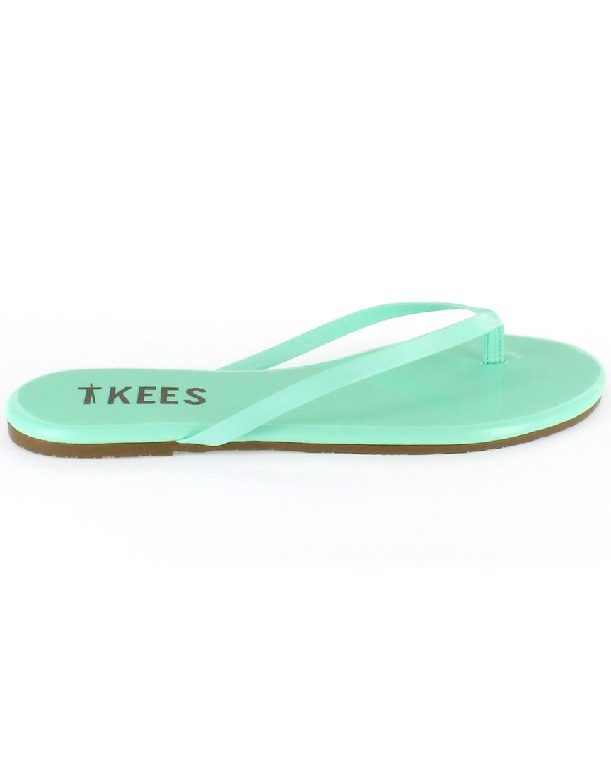 aa53165d6e15 Lyst - TKEES Lip Glosses Flip Flop in Green